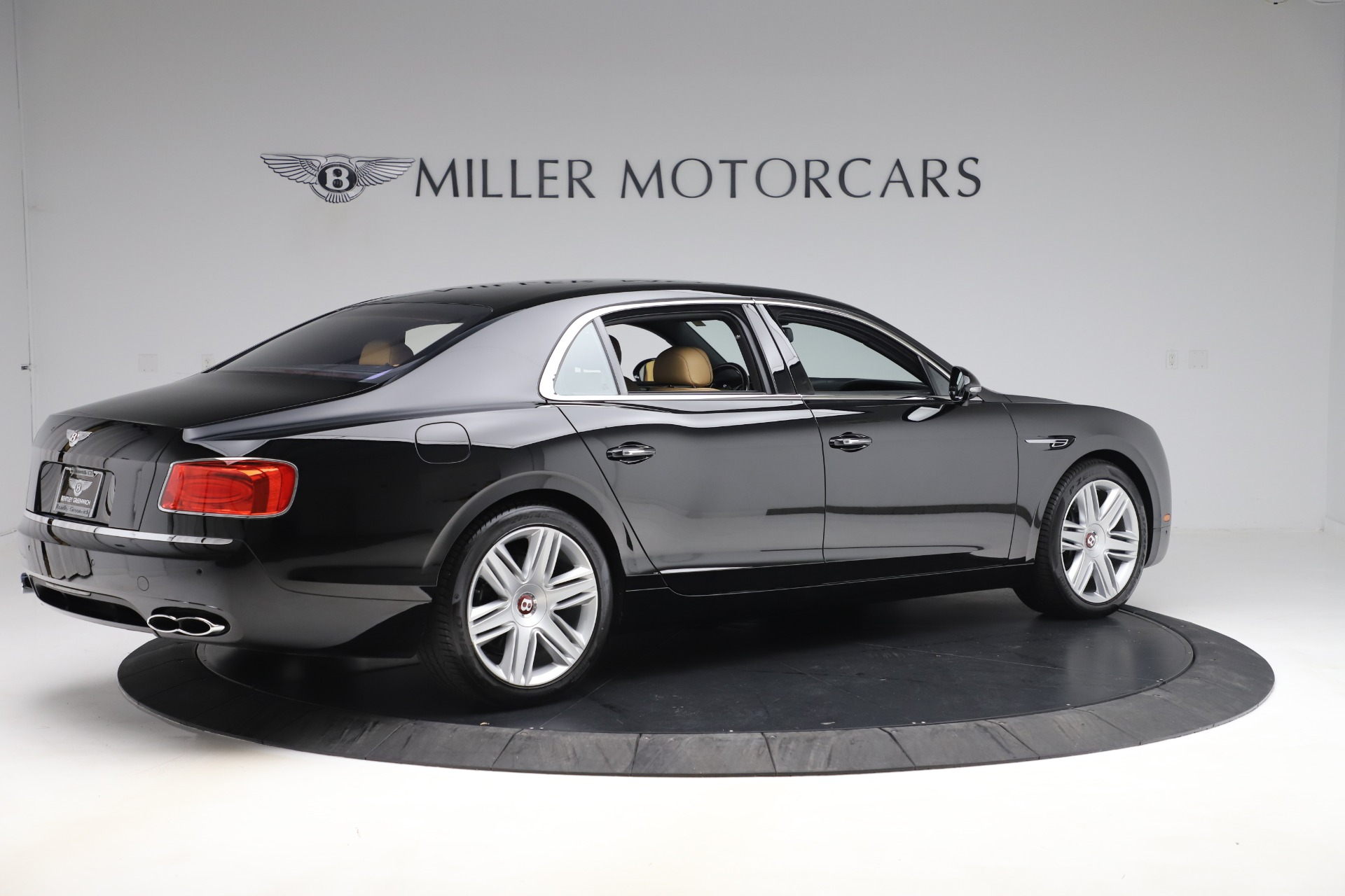 Used 2016 Bentley Flying Spur V8 For Sale In Westport, CT 3526_p8