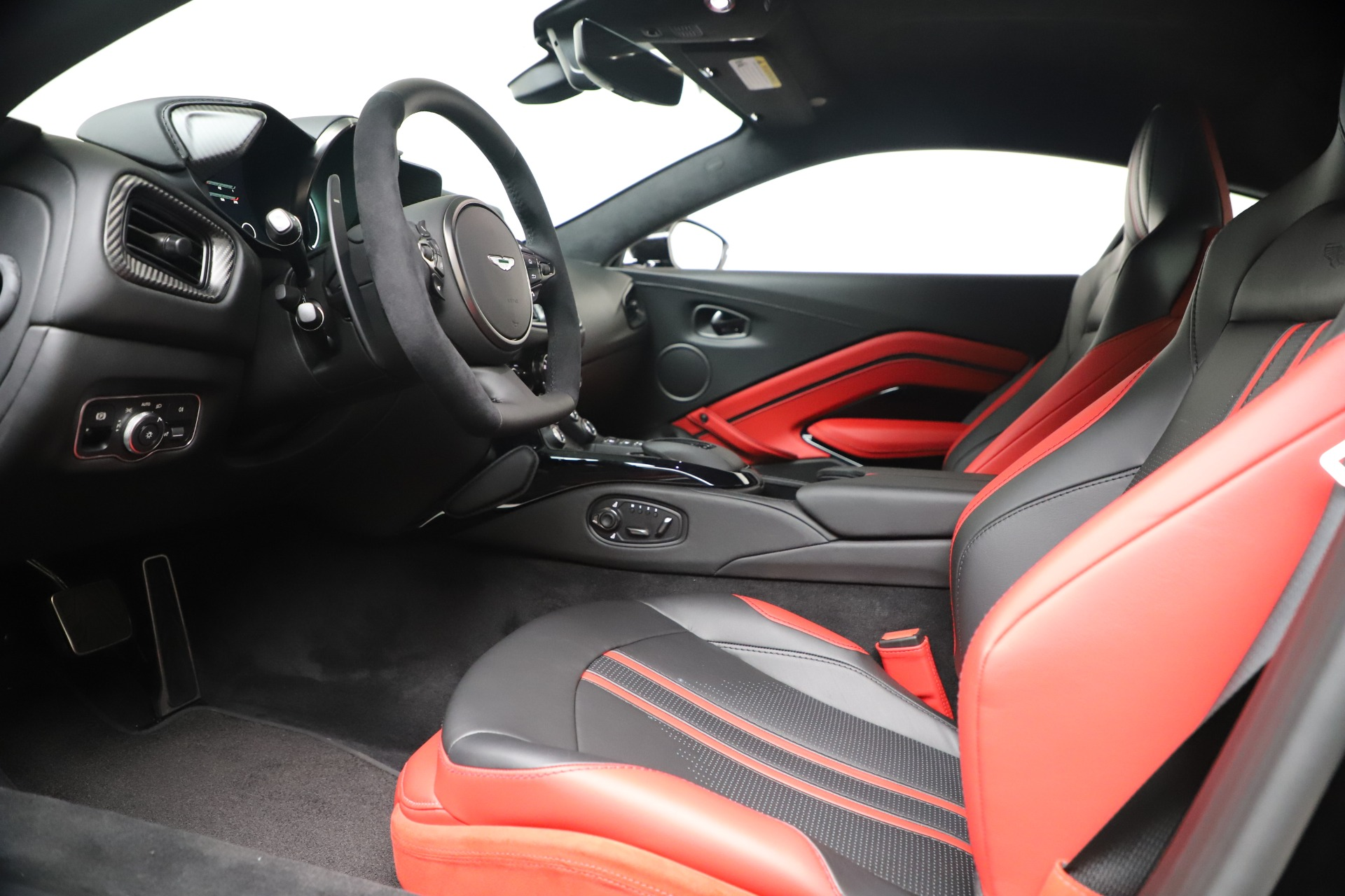 New 2020 Aston Martin Vantage Coupe For Sale In Westport, CT 3547_p15