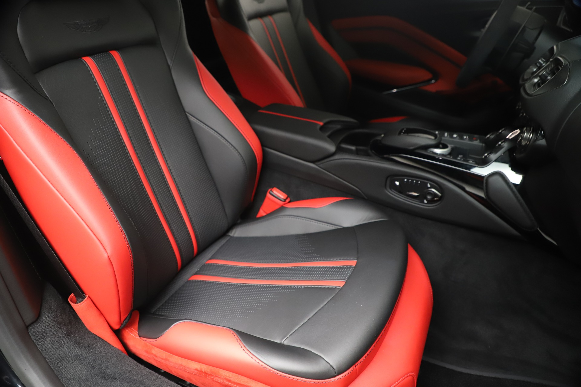 New 2020 Aston Martin Vantage Coupe For Sale In Westport, CT 3547_p19