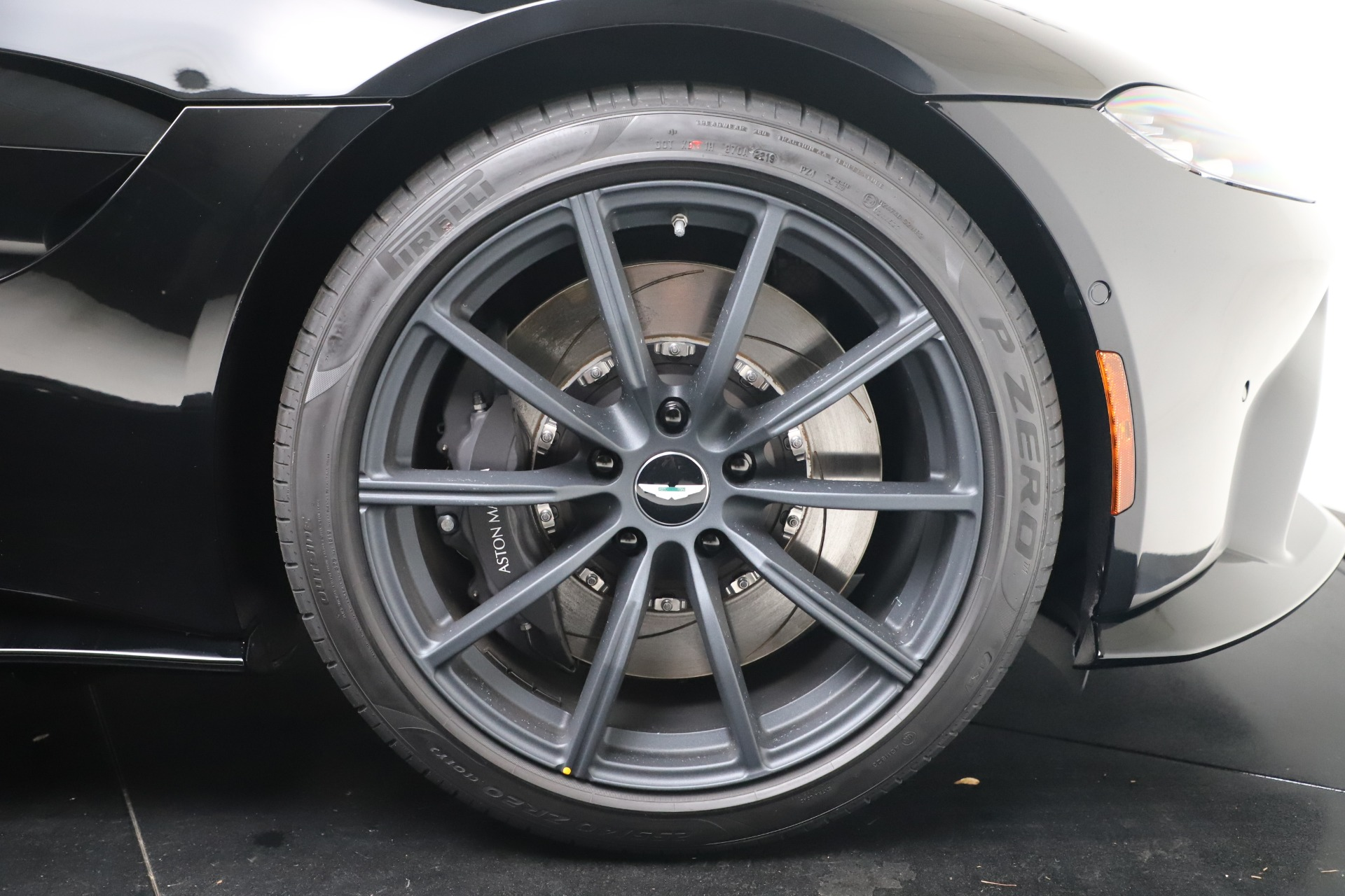 New 2020 Aston Martin Vantage Coupe For Sale In Westport, CT 3547_p22