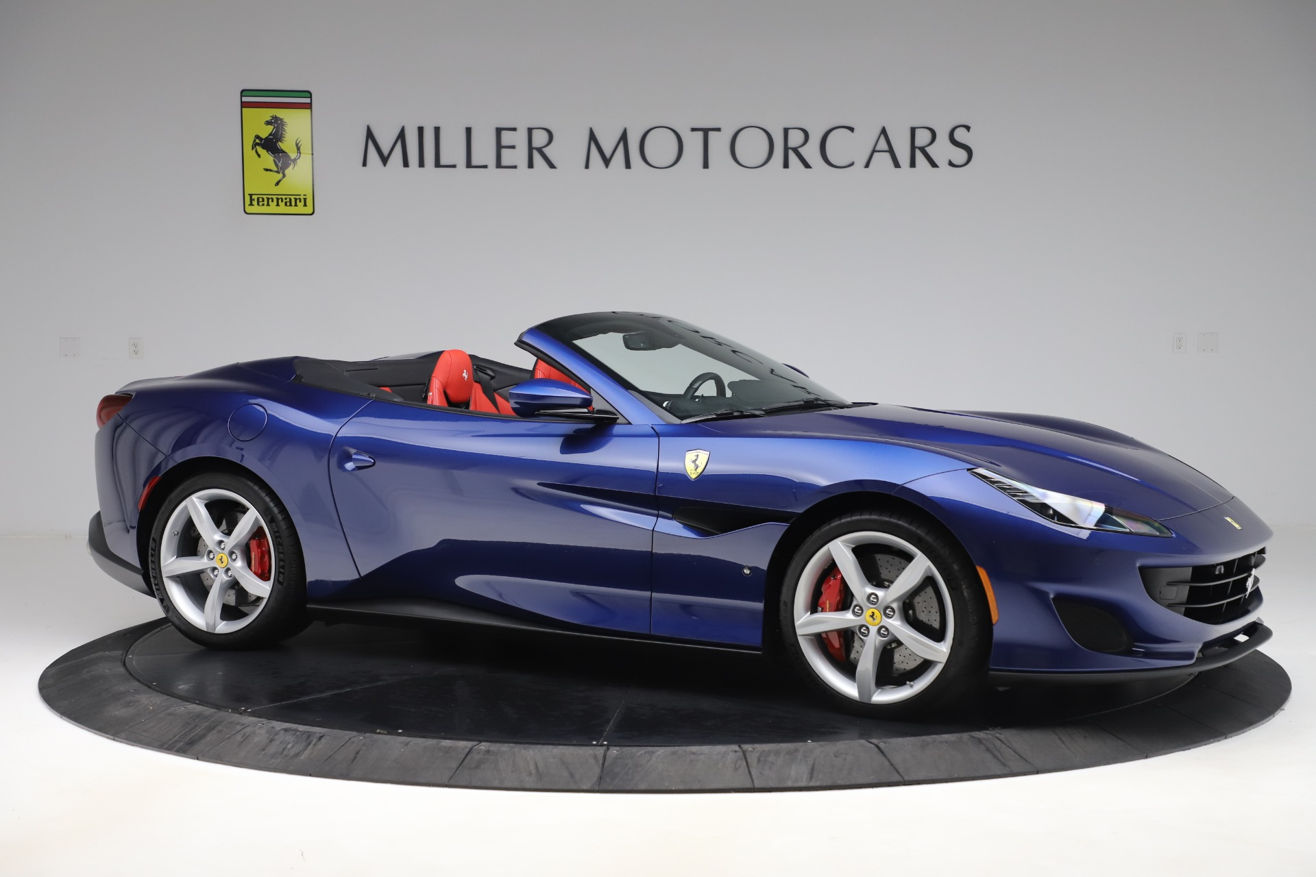 Used 2019 Ferrari Portofino  For Sale In Westport, CT 3548_p10