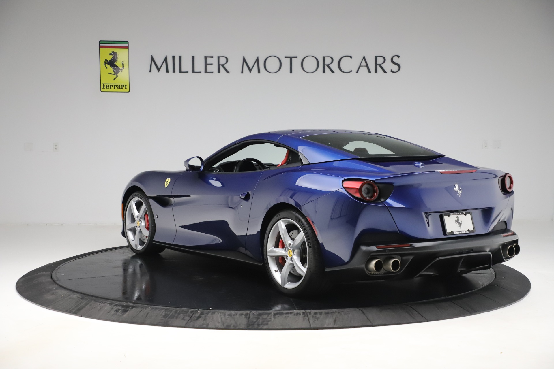 Used 2019 Ferrari Portofino  For Sale In Westport, CT 3548_p15