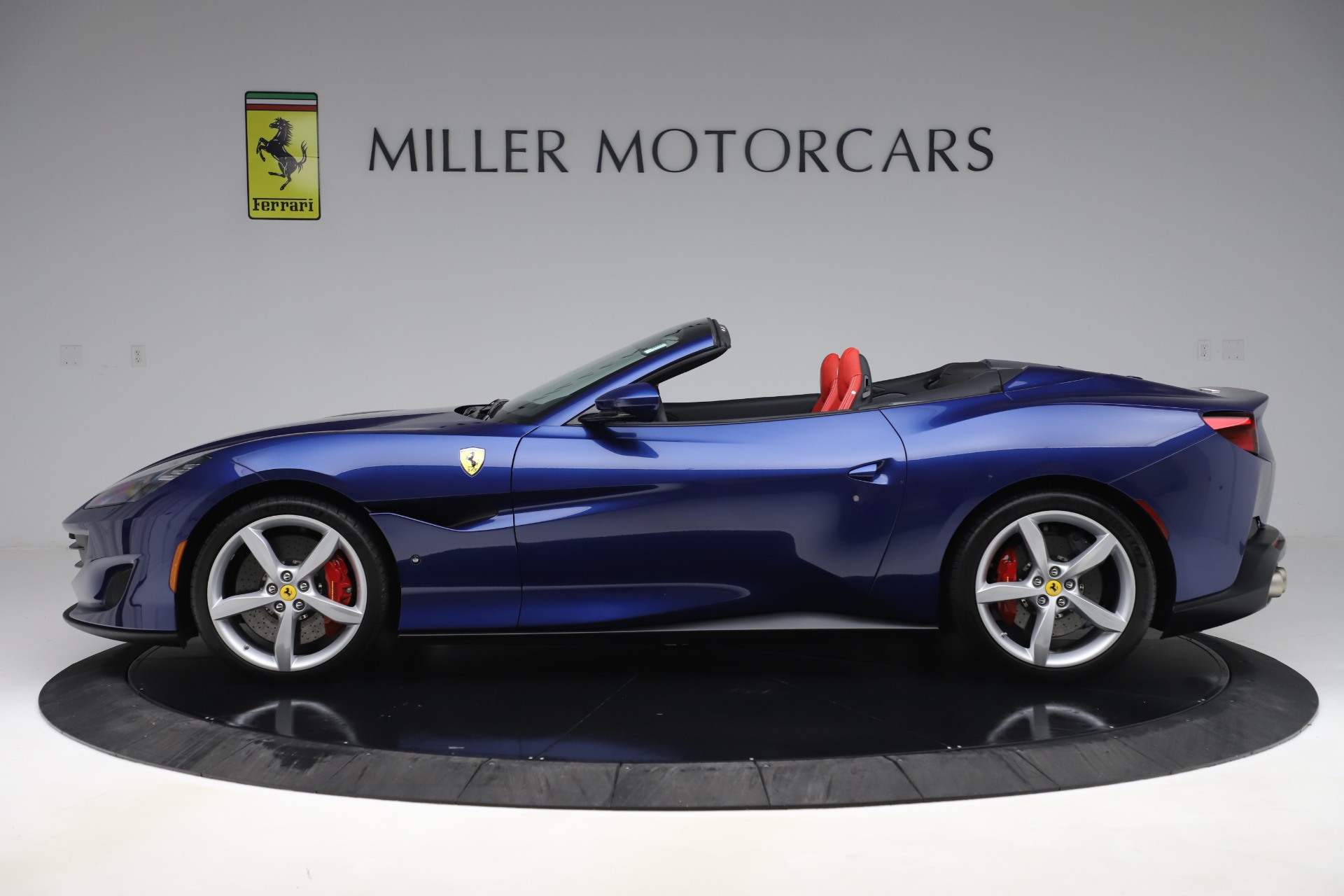 Used 2019 Ferrari Portofino  For Sale In Westport, CT 3548_p3