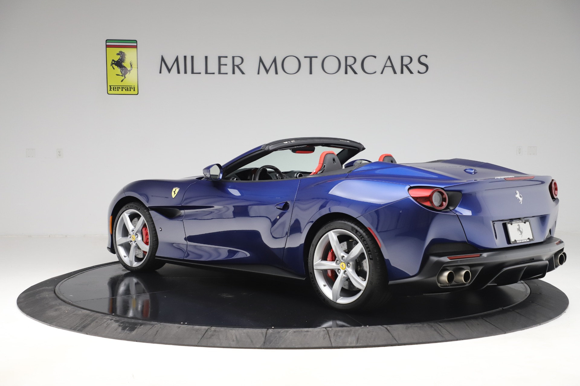 Used 2019 Ferrari Portofino  For Sale In Westport, CT 3548_p4