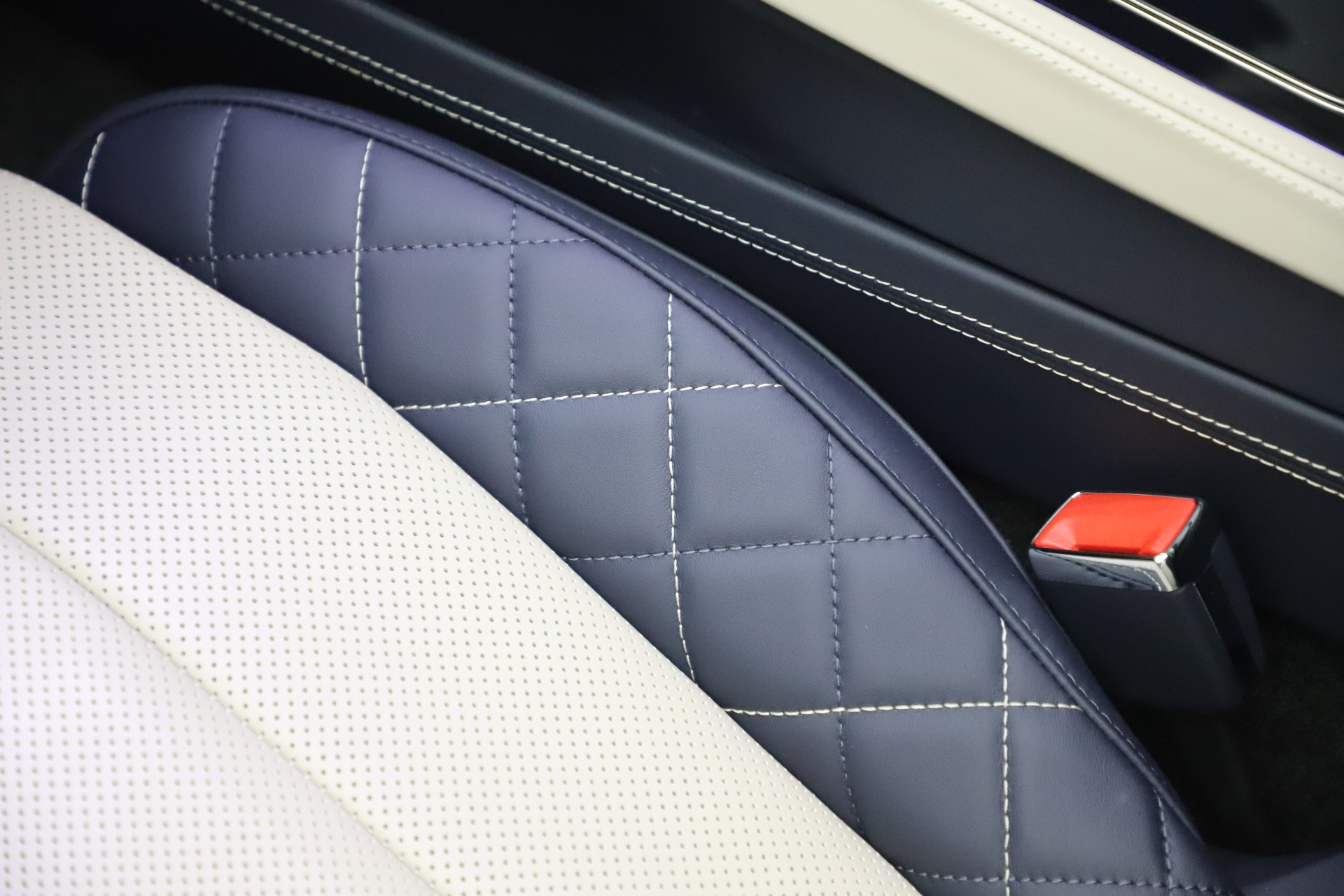 New 2020 Bentley Continental GTC V8 For Sale In Westport, CT 3566_p25