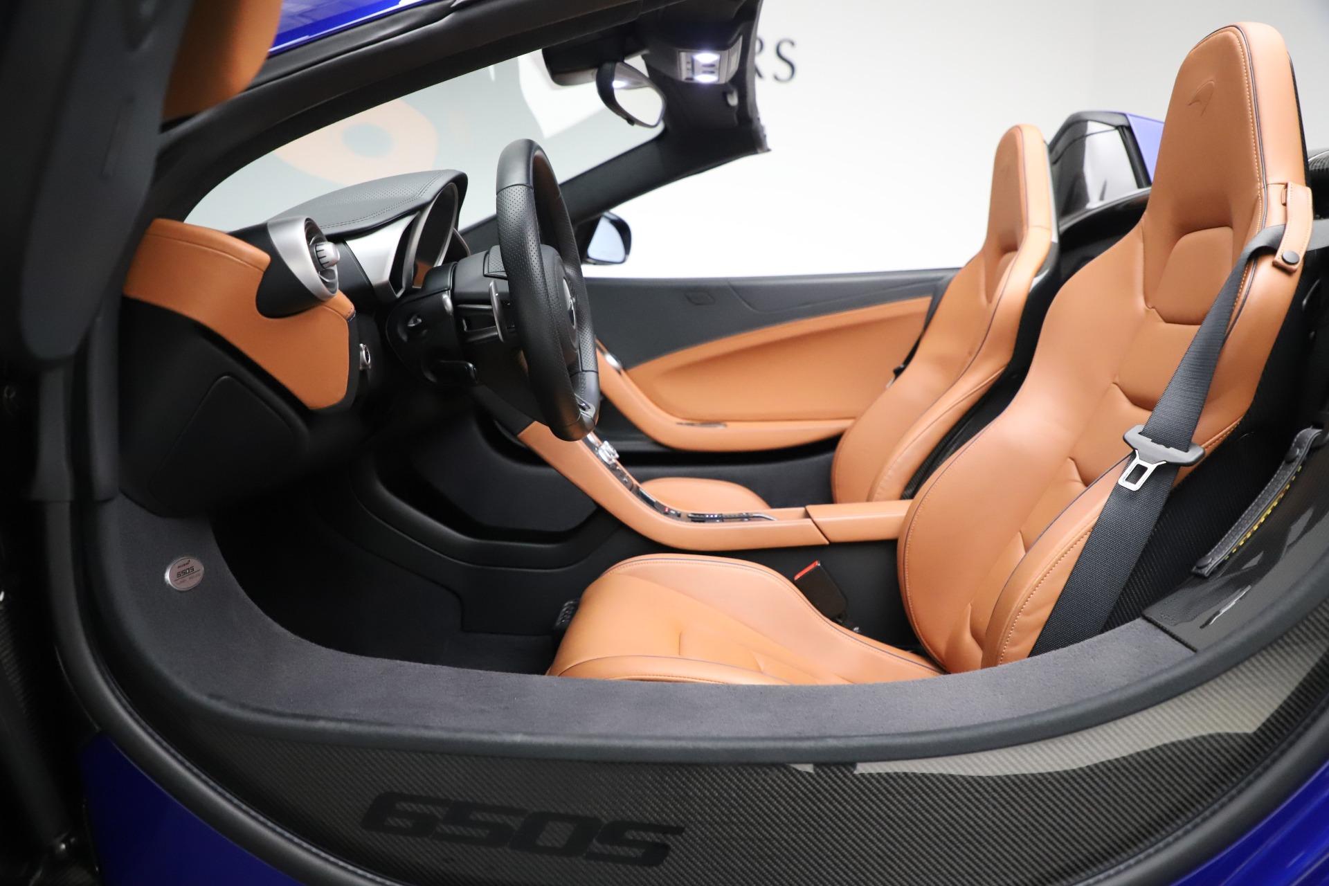Used 2015 McLaren 650S SPIDER Convertible For Sale In Westport, CT 3569_p25