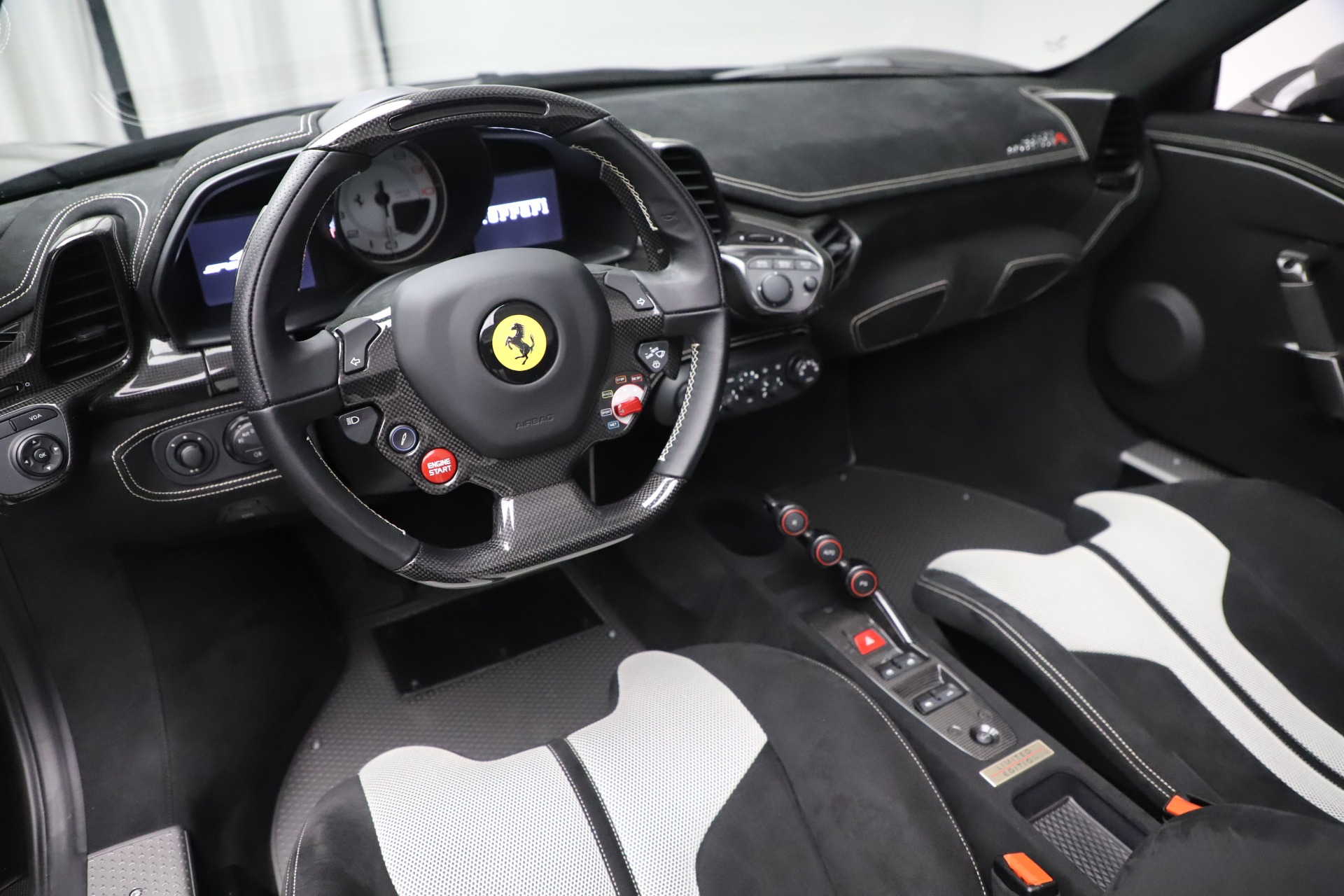 Used 2015 Ferrari 458 Speciale Aperta  For Sale In Westport, CT 3571_p20