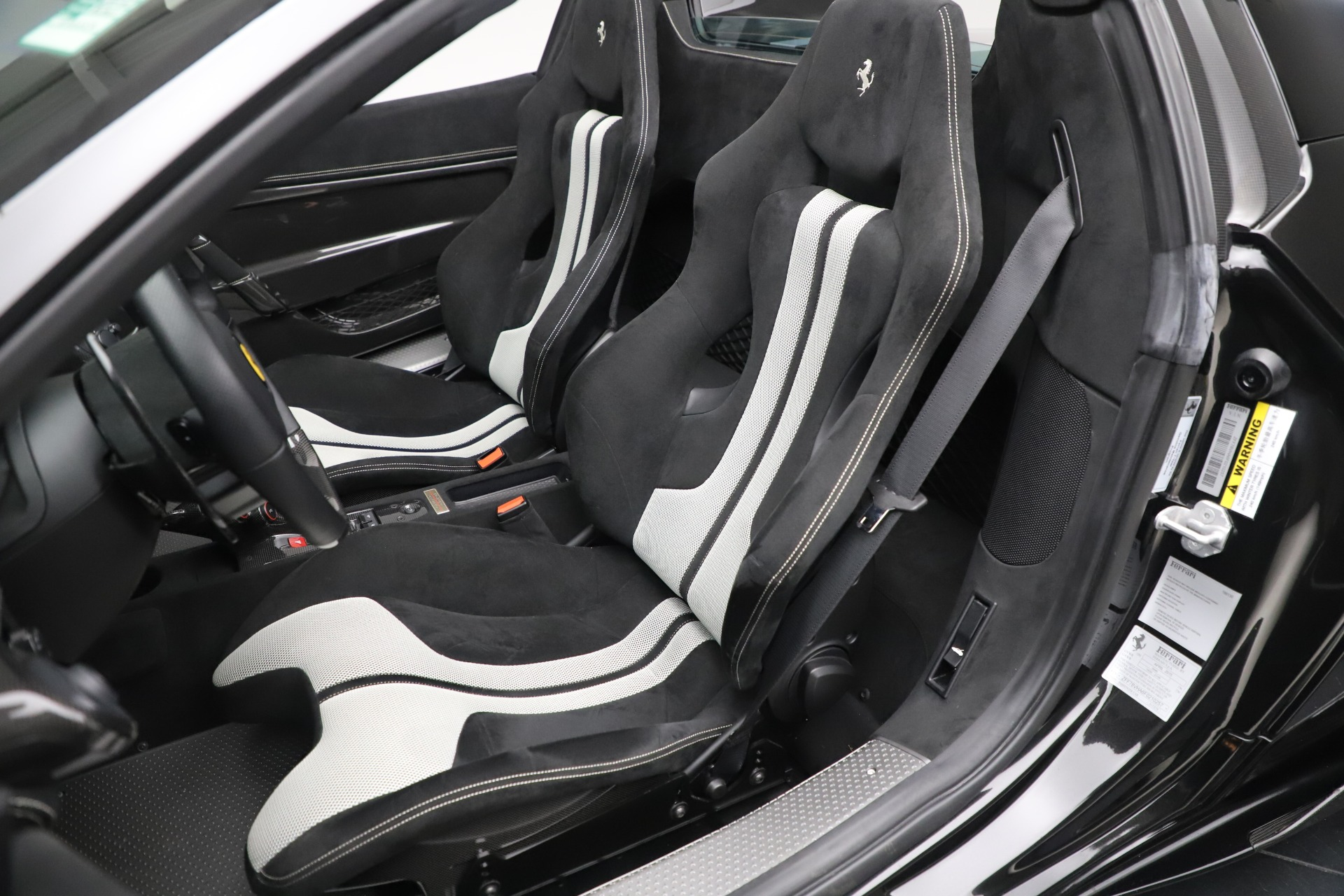 Used 2015 Ferrari 458 Speciale Aperta  For Sale In Westport, CT 3571_p22