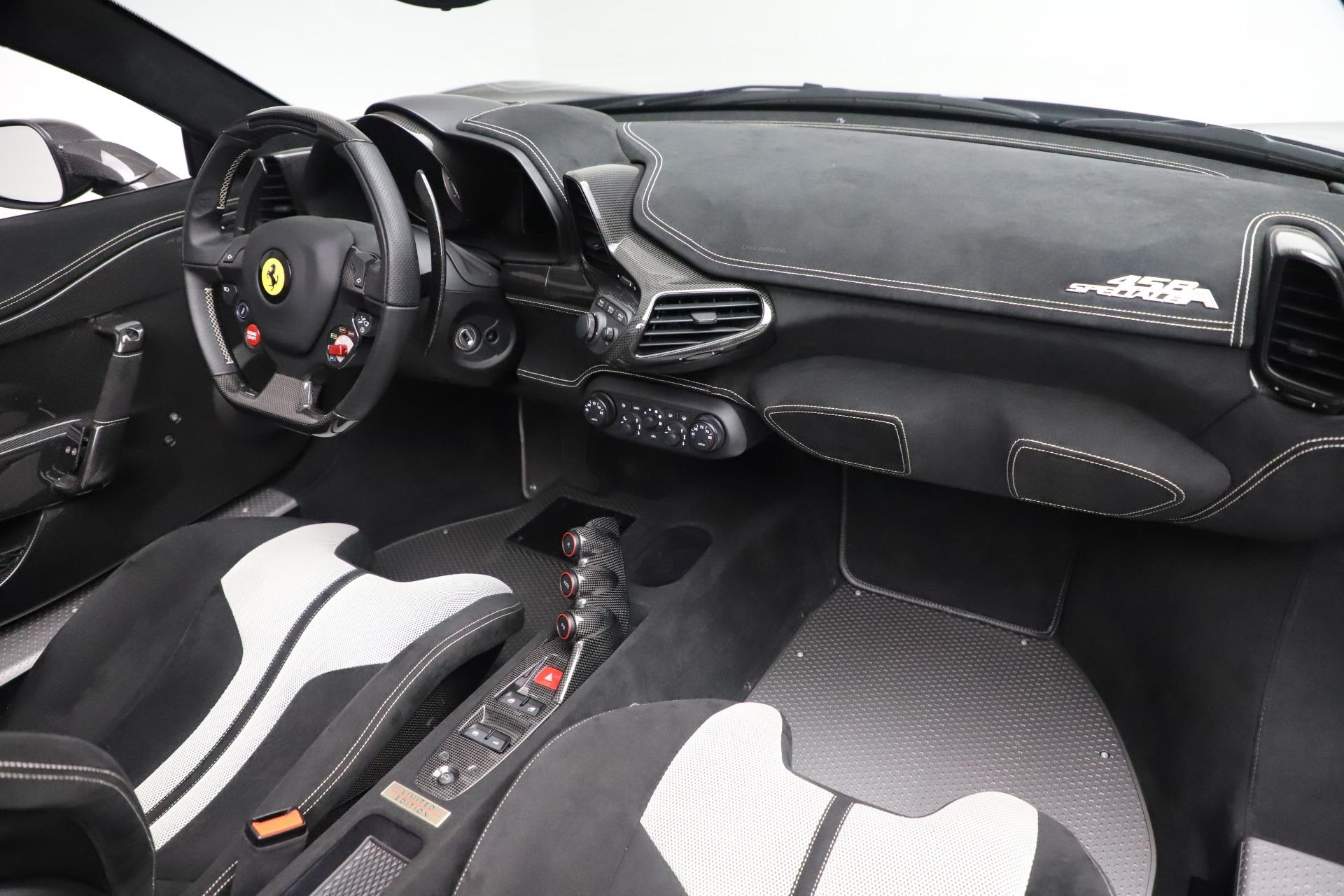 Used 2015 Ferrari 458 Speciale Aperta  For Sale In Westport, CT 3571_p26