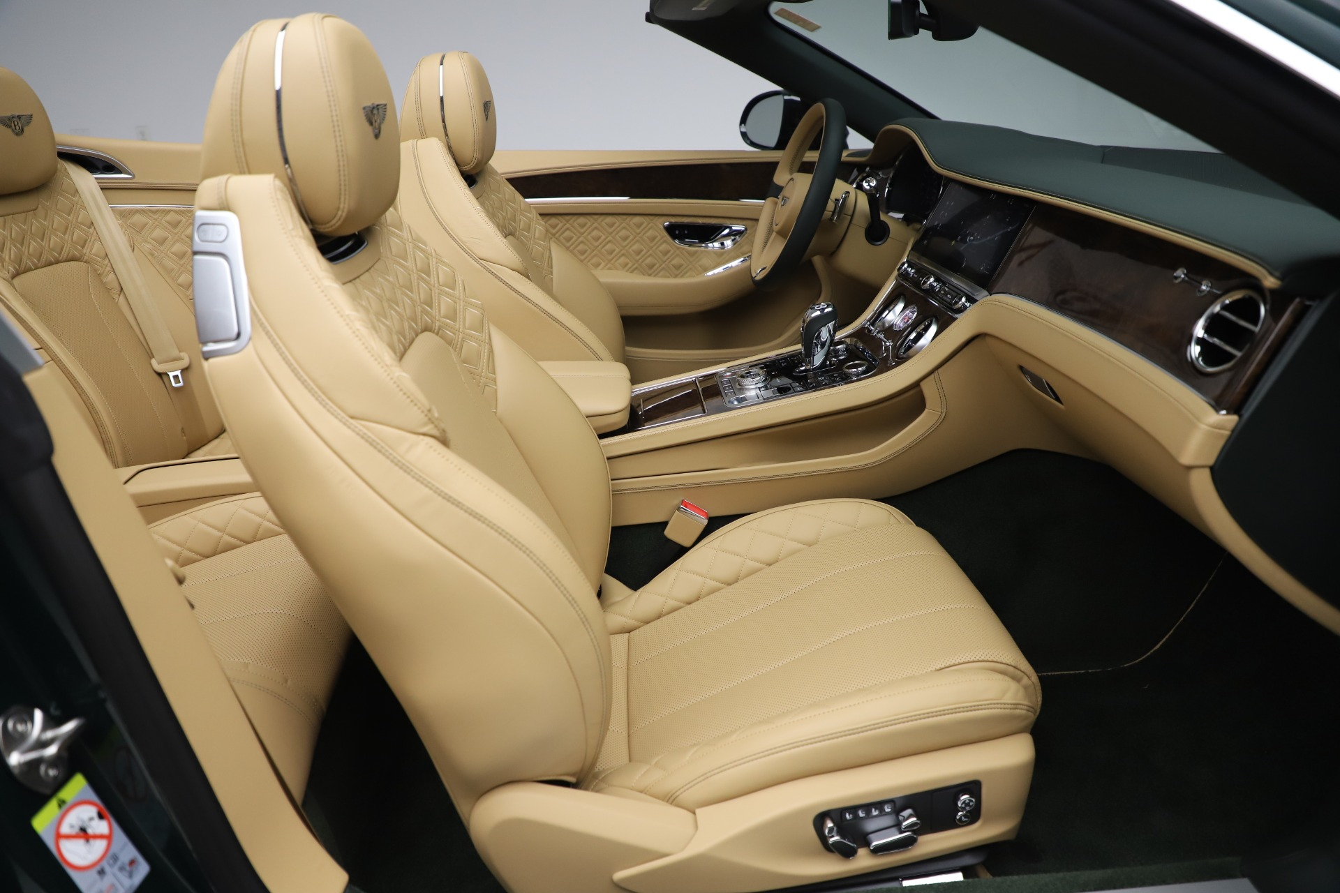 New 2020 Bentley Continental GTC V8 For Sale In Westport, CT 3572_p35