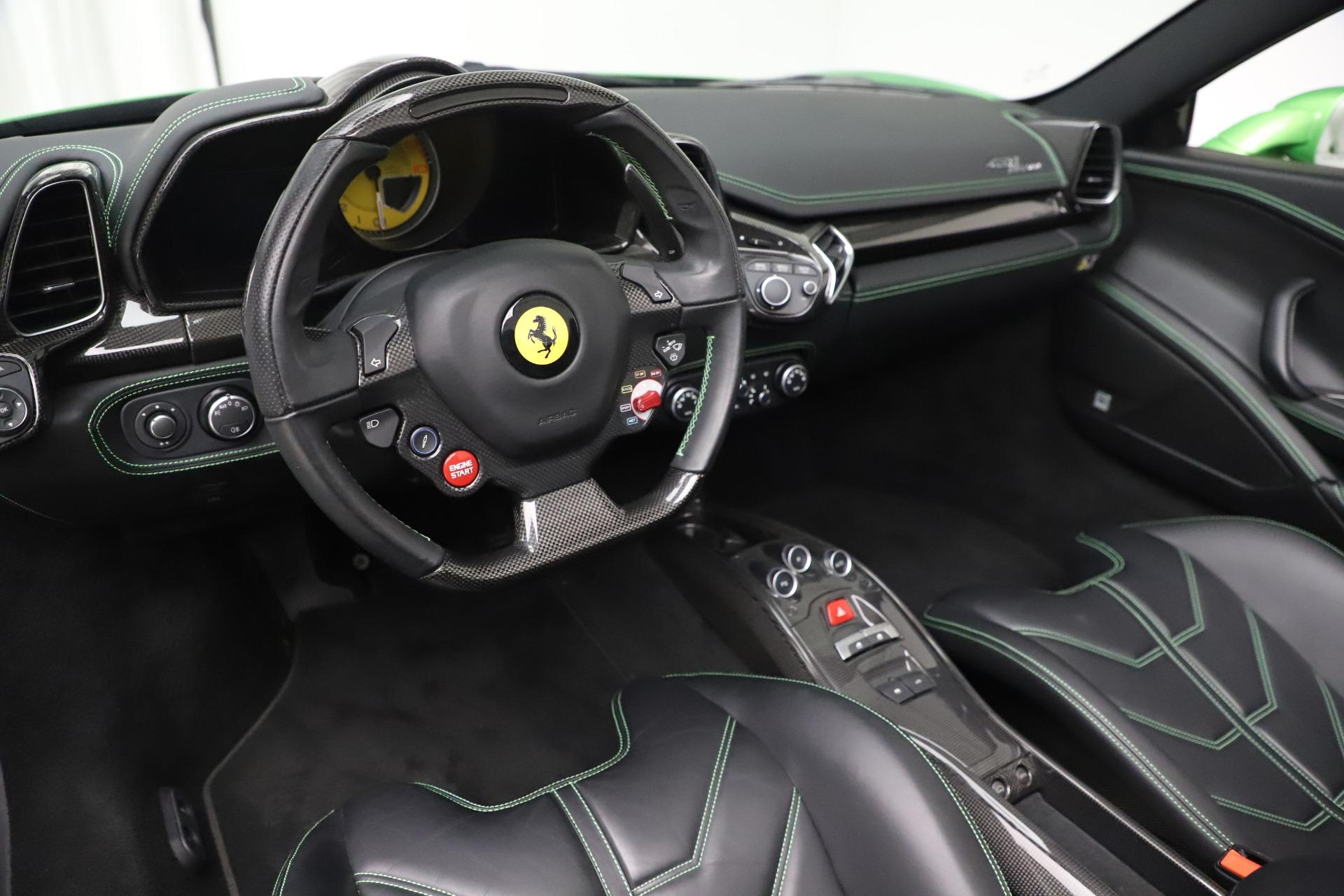 Used 2015 Ferrari 458 Spider  For Sale In Westport, CT 3580_p19
