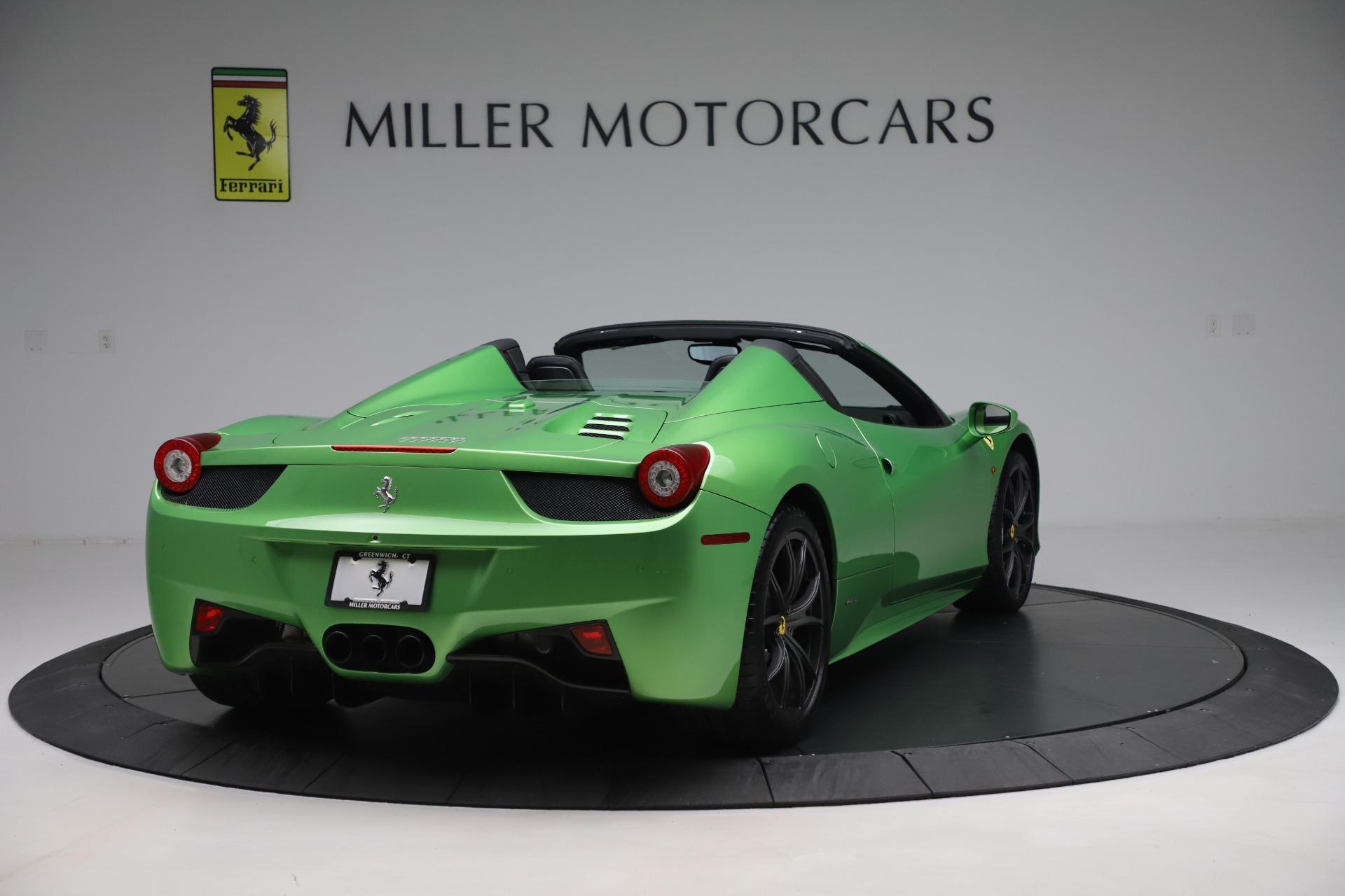 Used 2015 Ferrari 458 Spider  For Sale In Westport, CT 3580_p7