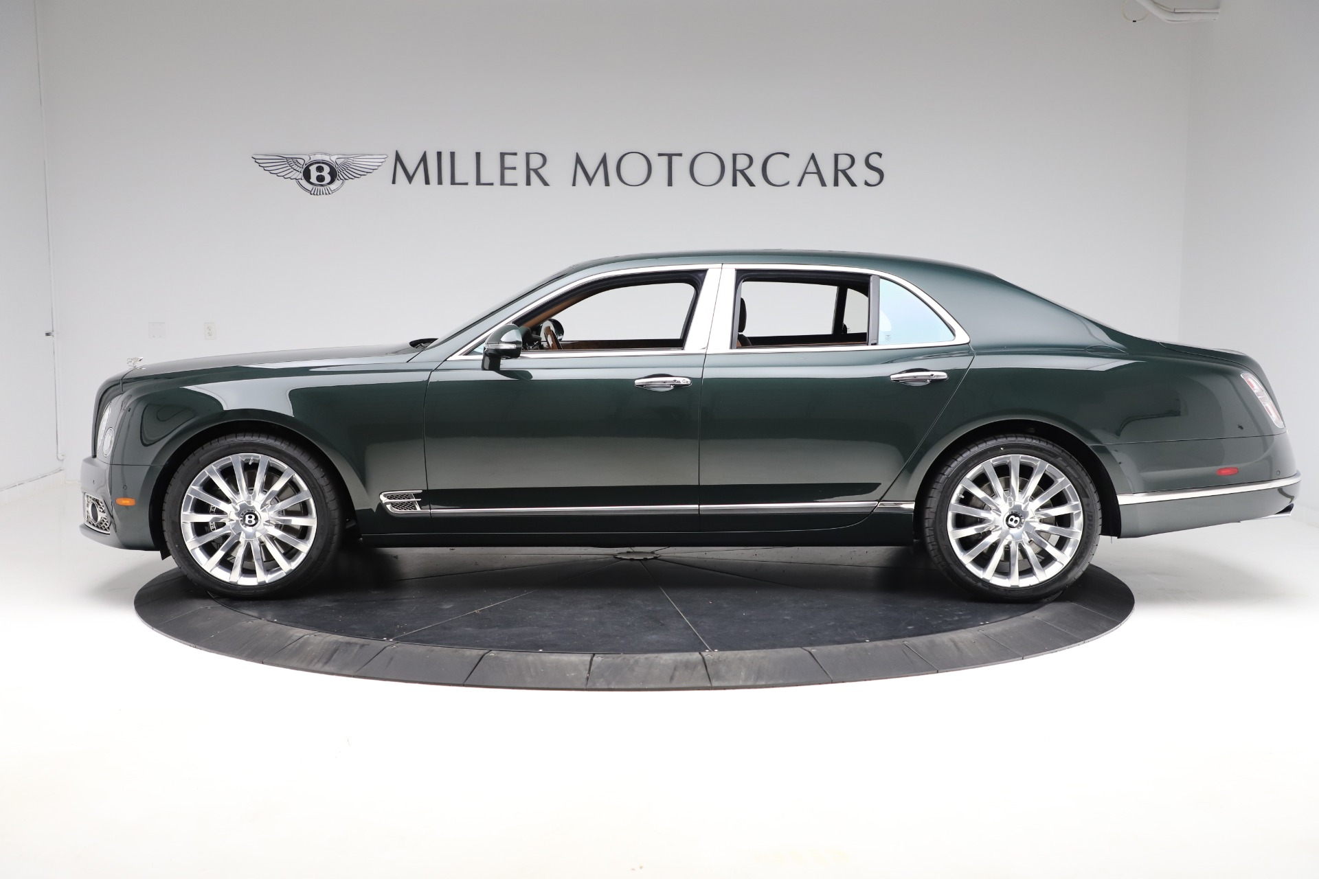 New 2020 Bentley Mulsanne V8 For Sale In Westport, CT 3581_p3