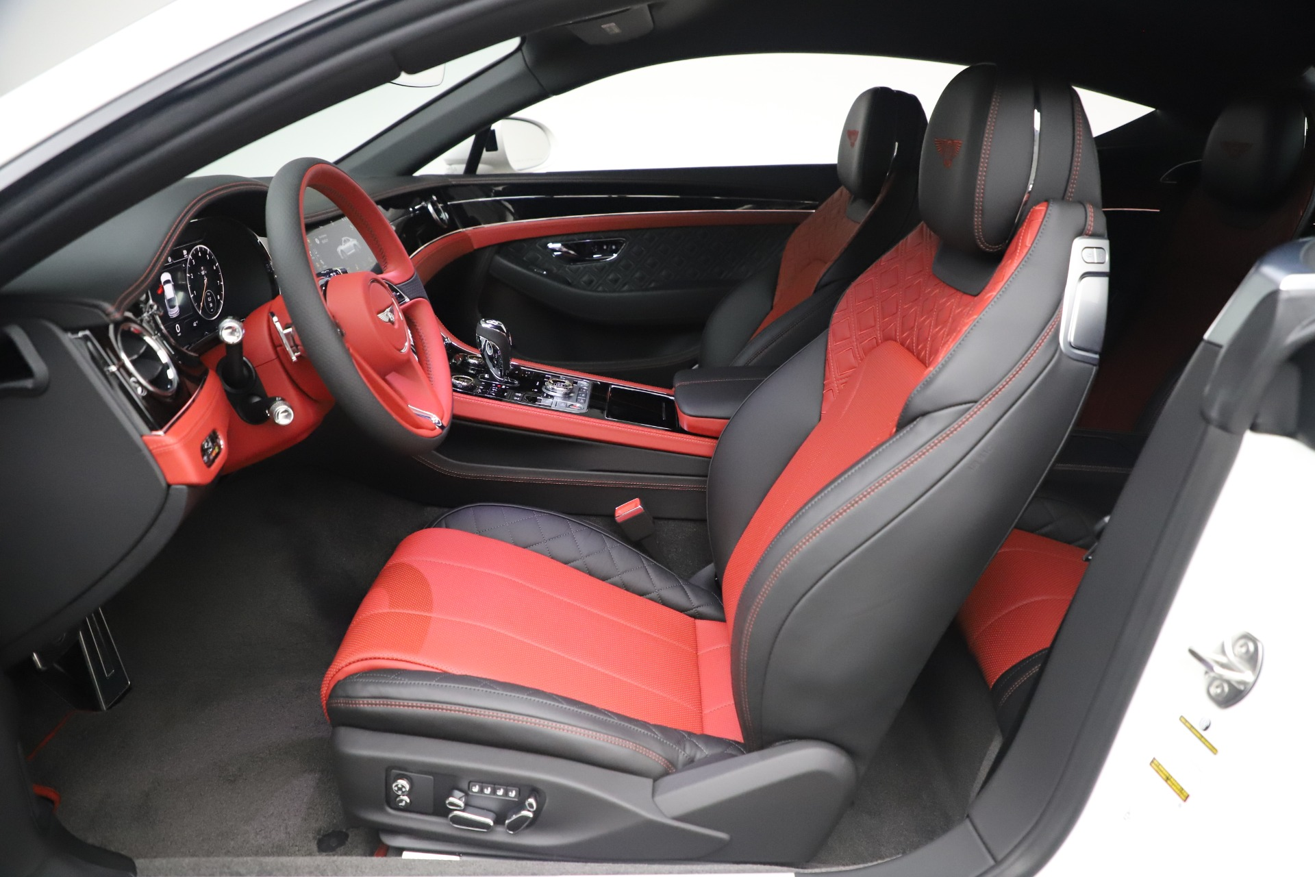 New 2020 Bentley Continental GT V8 For Sale In Westport, CT 3590_p24
