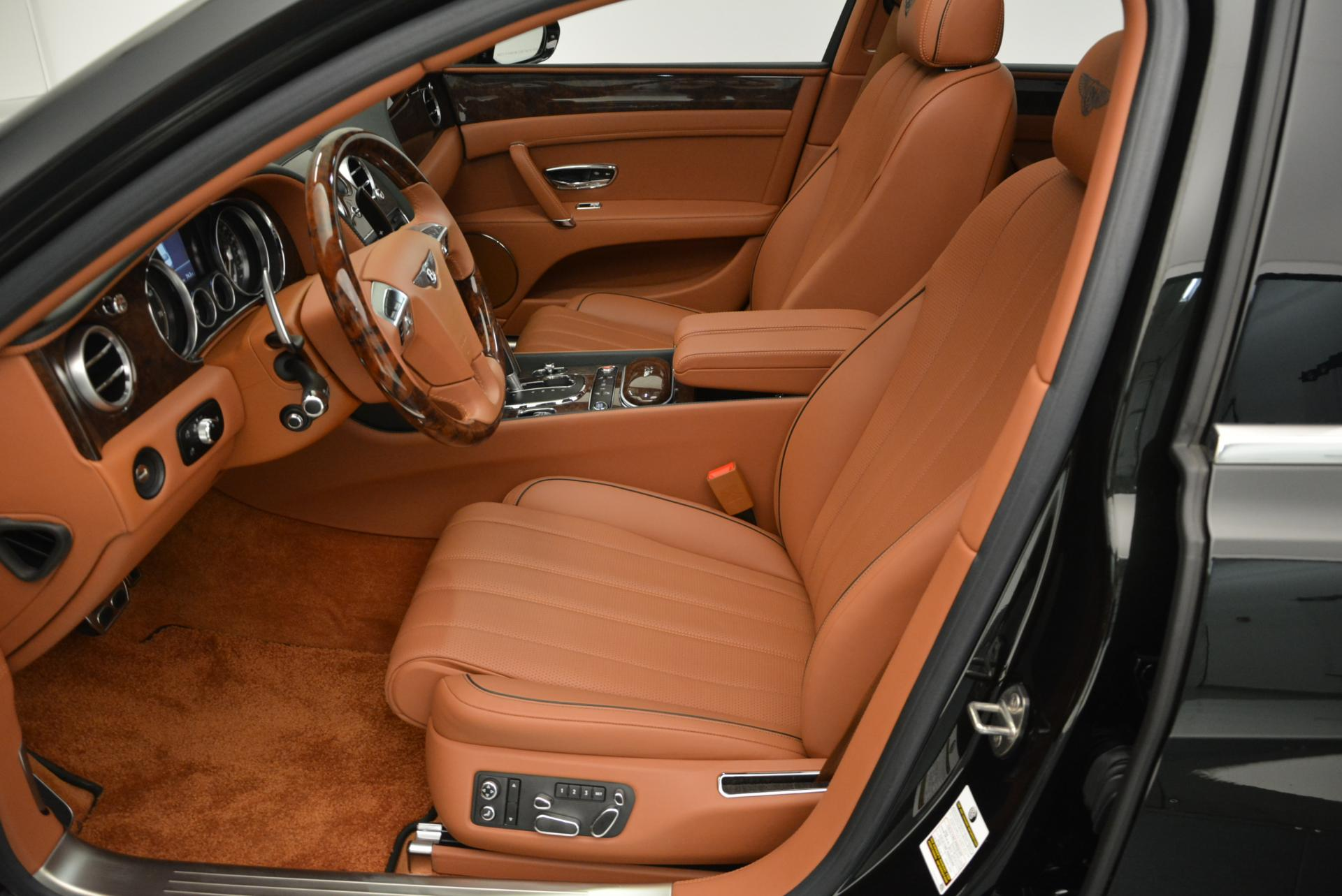 Used 2016 Bentley Flying Spur W12  For Sale In Westport, CT 41_p25