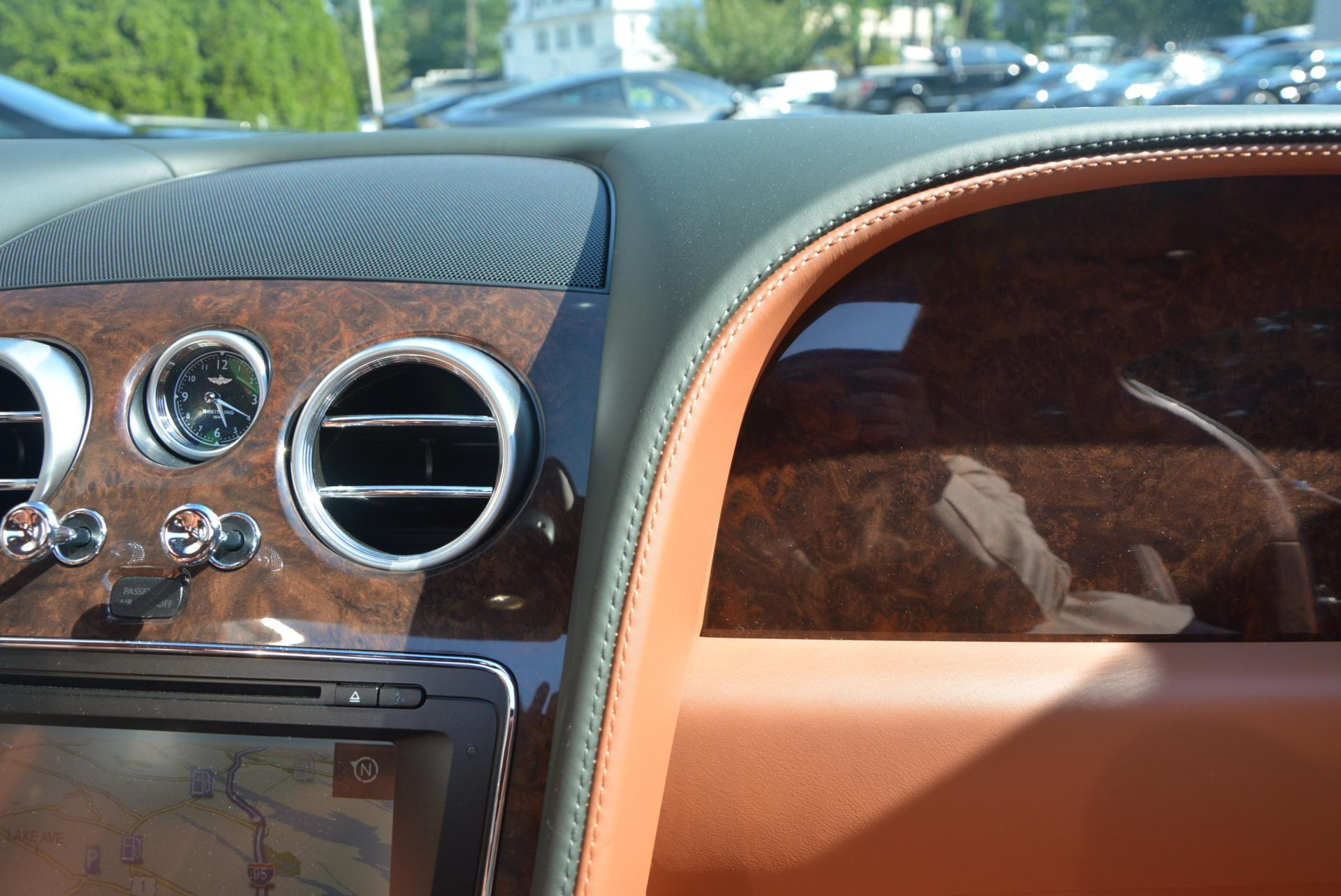Used 2016 Bentley Flying Spur W12  For Sale In Westport, CT 41_p28