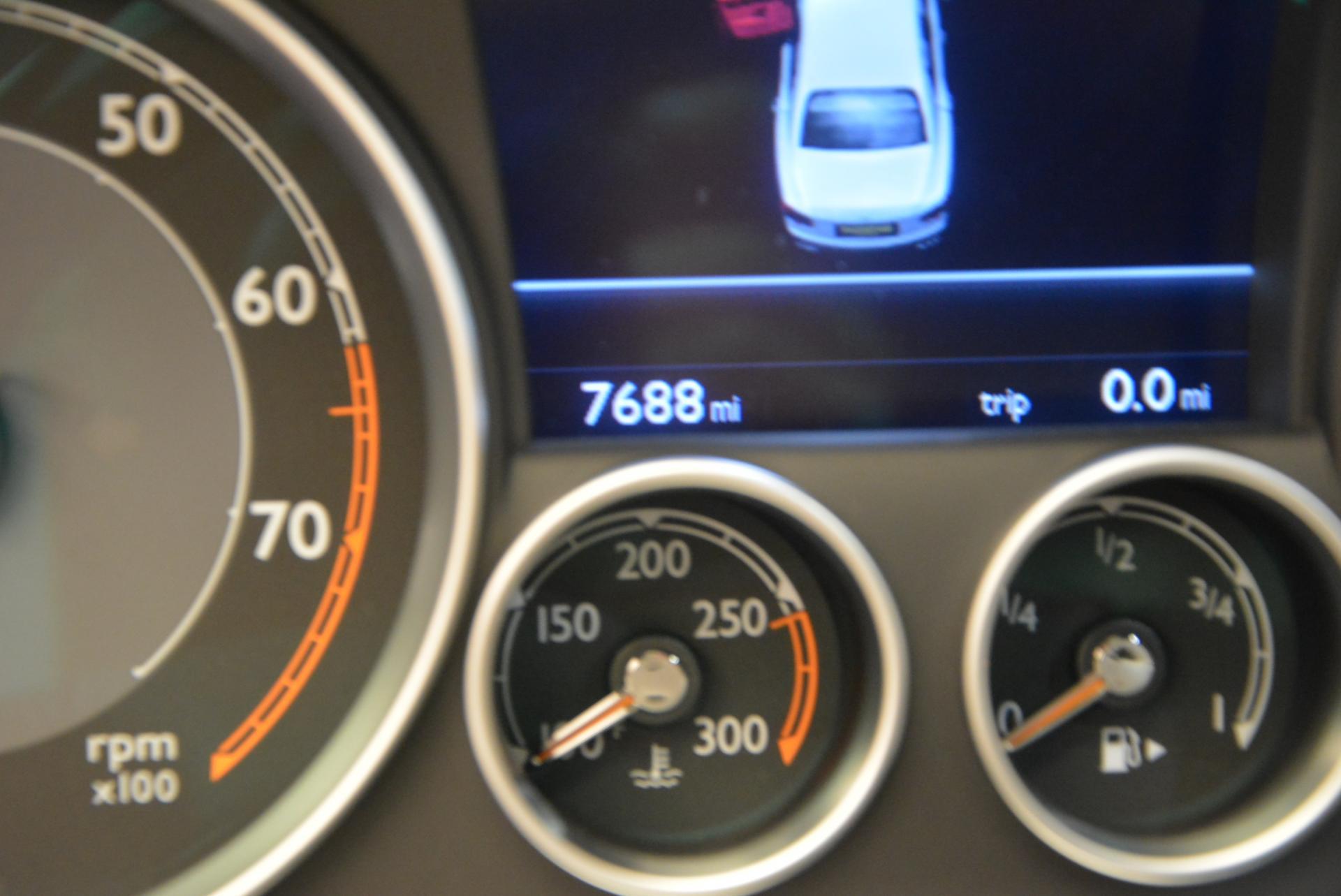 Used 2015 Bentley Flying Spur V8  For Sale In Westport, CT 509_p26