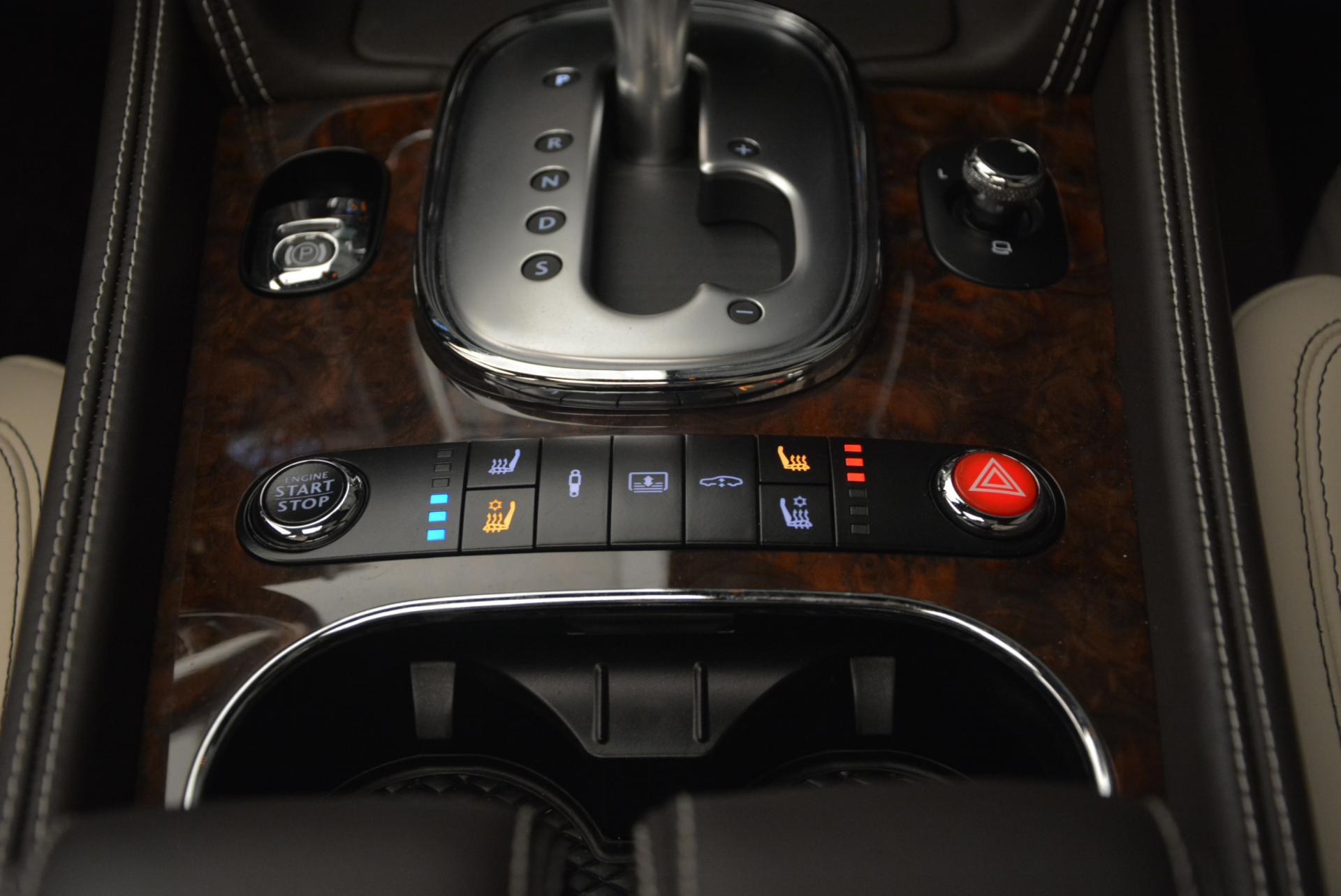 Used 2015 Bentley Flying Spur V8  For Sale In Westport, CT 509_p32