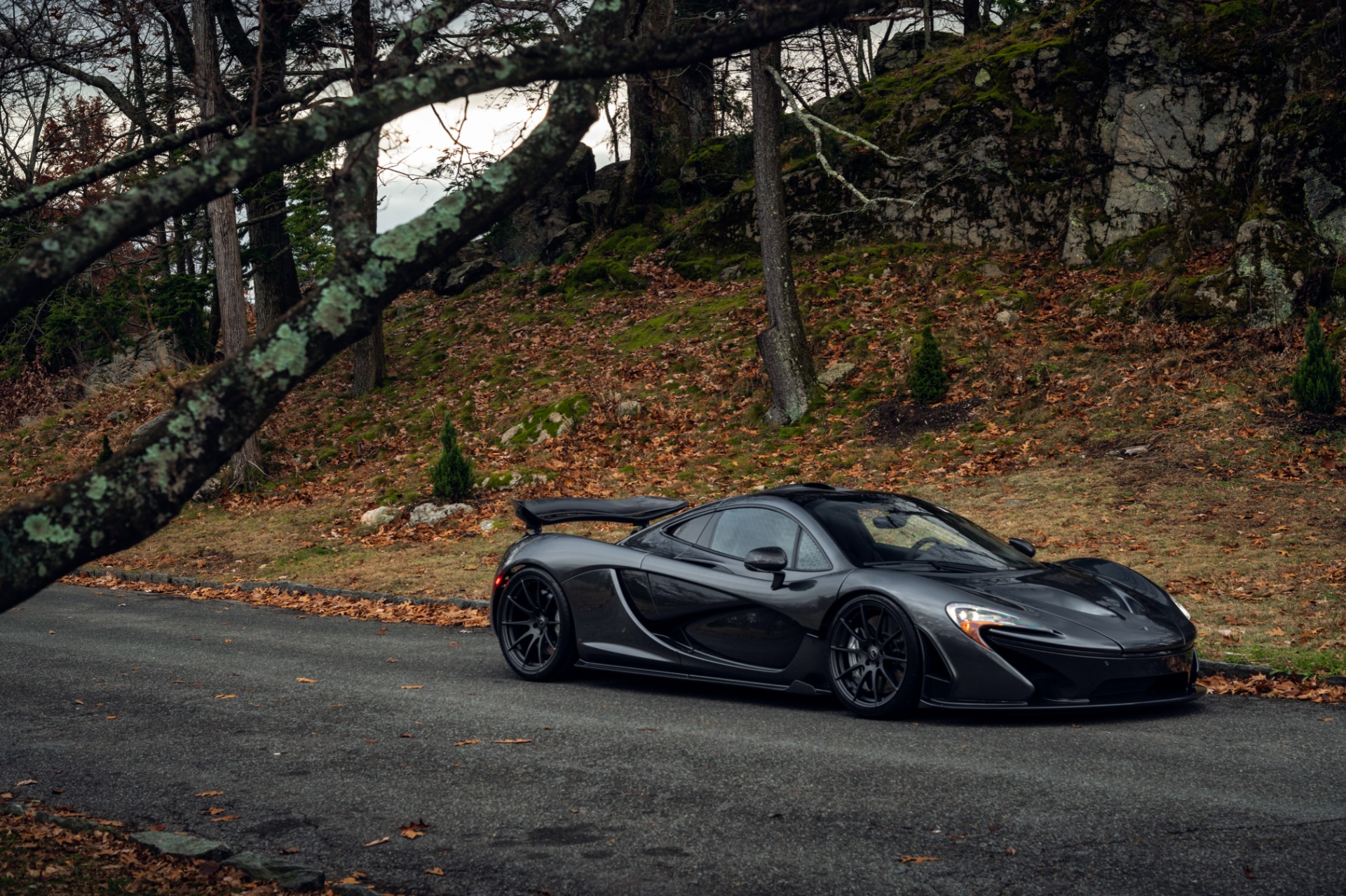 Used 2014 McLaren P1 Coupe For Sale In Westport, CT 513_p22
