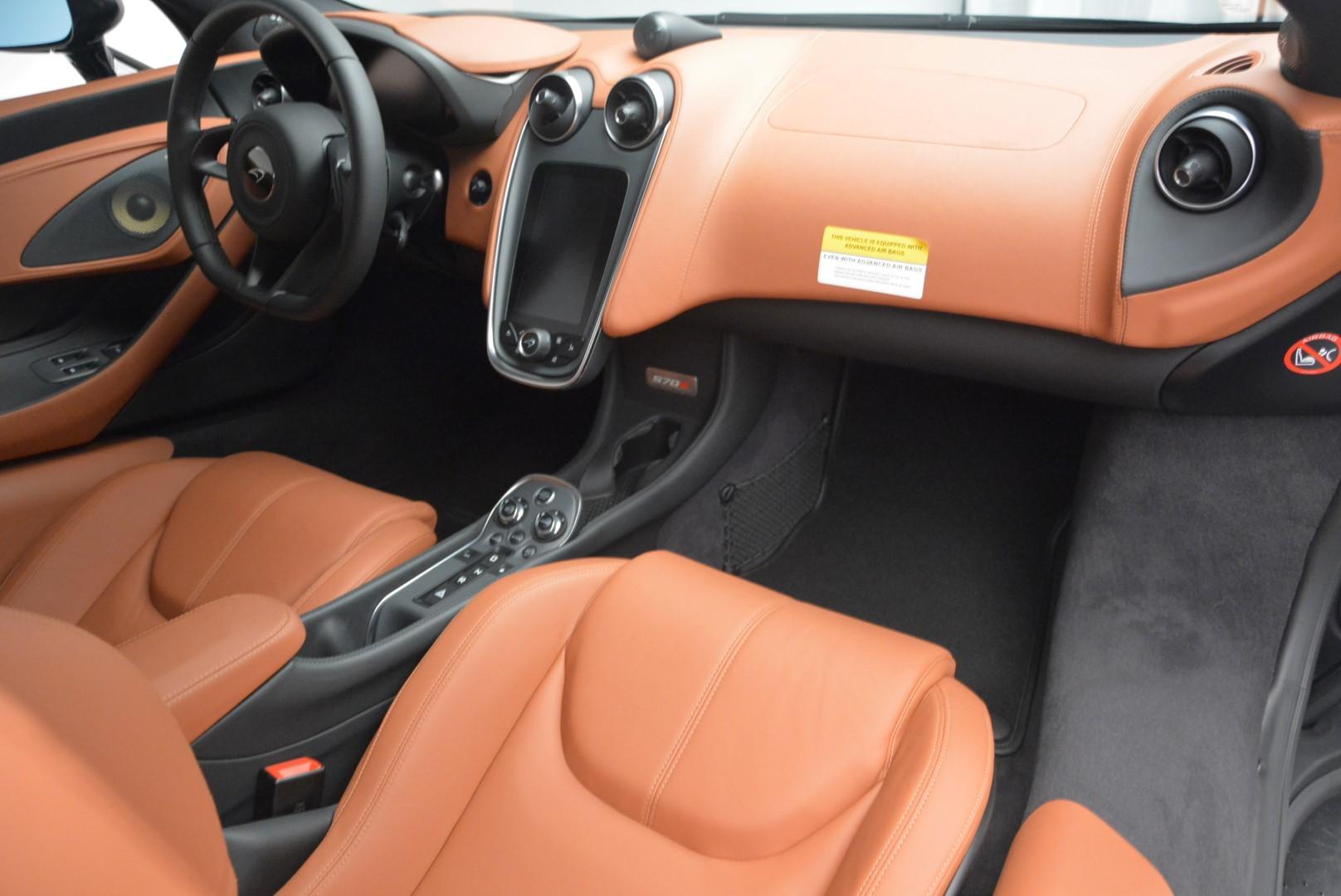 Used 2016 McLaren 570S  For Sale In Westport, CT 514_p17