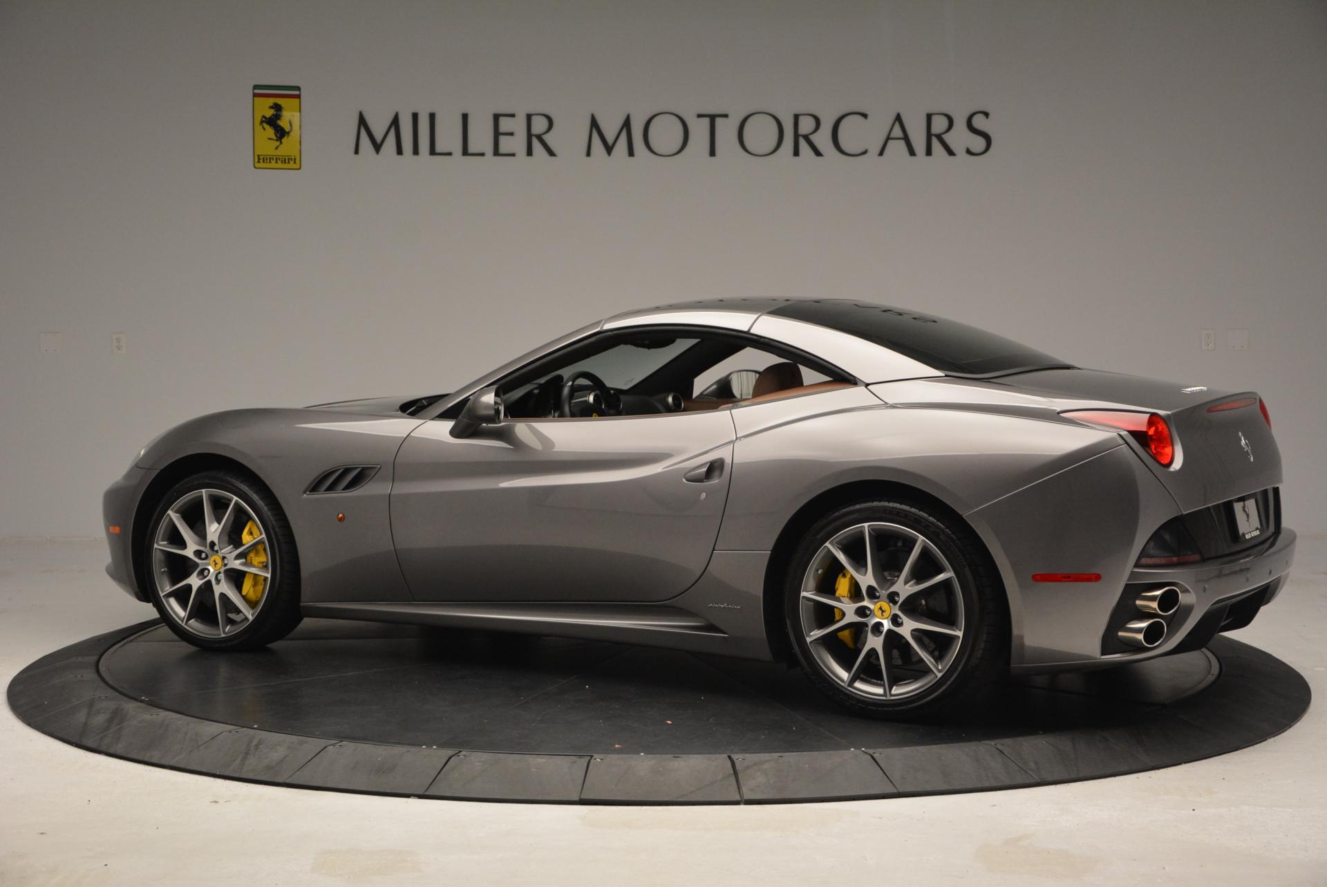 Used 2012 Ferrari California  For Sale In Westport, CT 536_p16