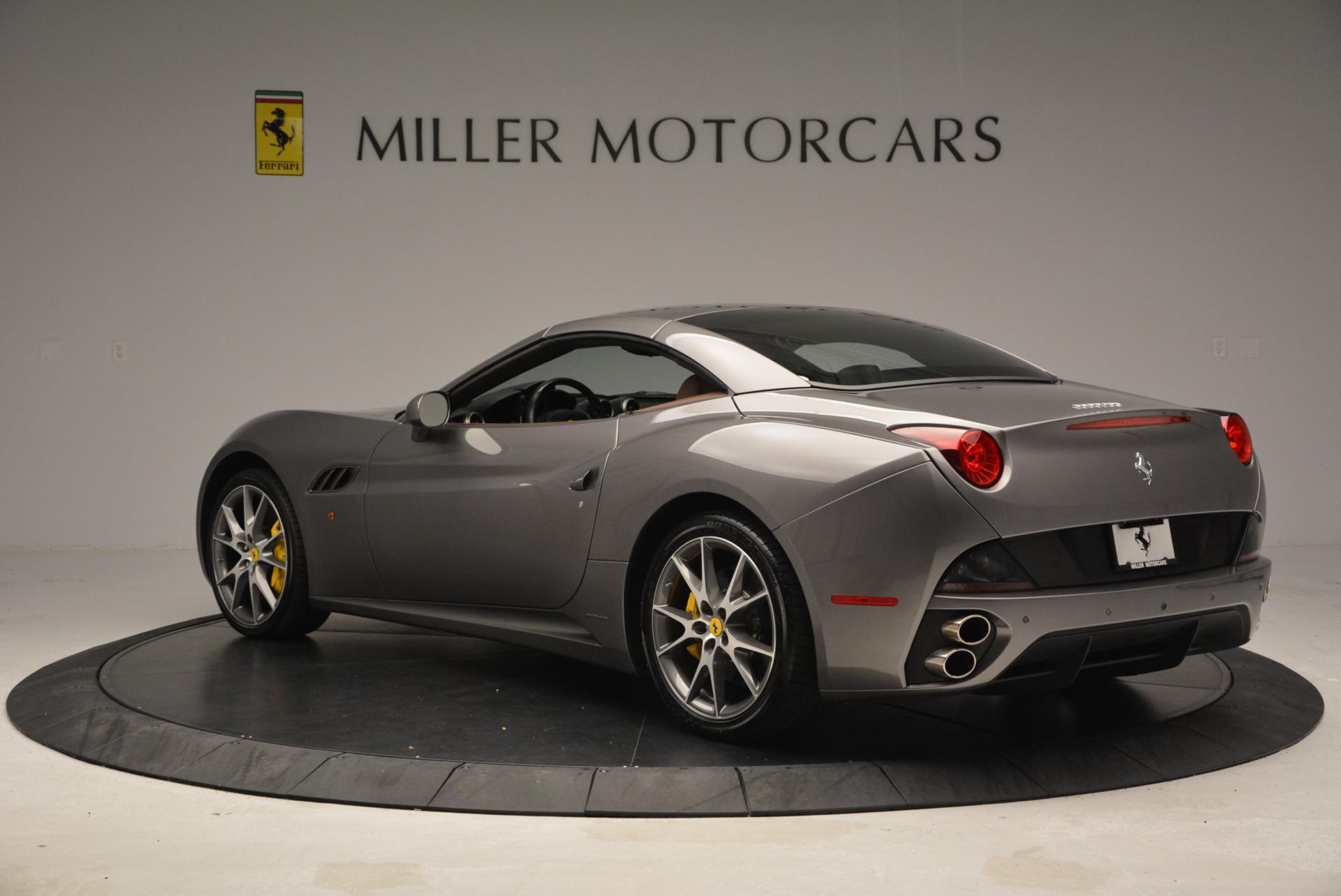 Used 2012 Ferrari California  For Sale In Westport, CT 536_p17