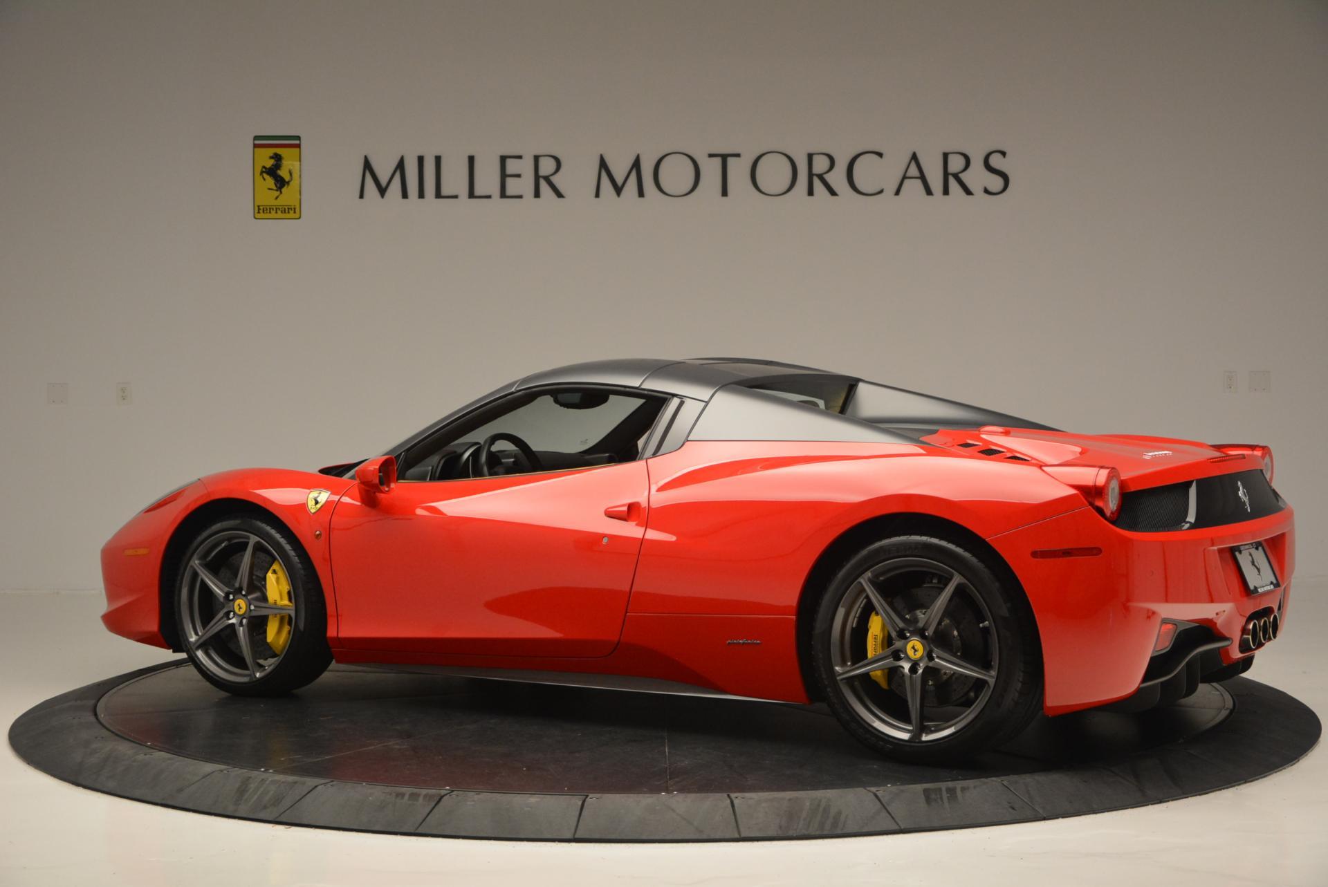 Used 2013 Ferrari 458 Spider  For Sale In Westport, CT 537_p16