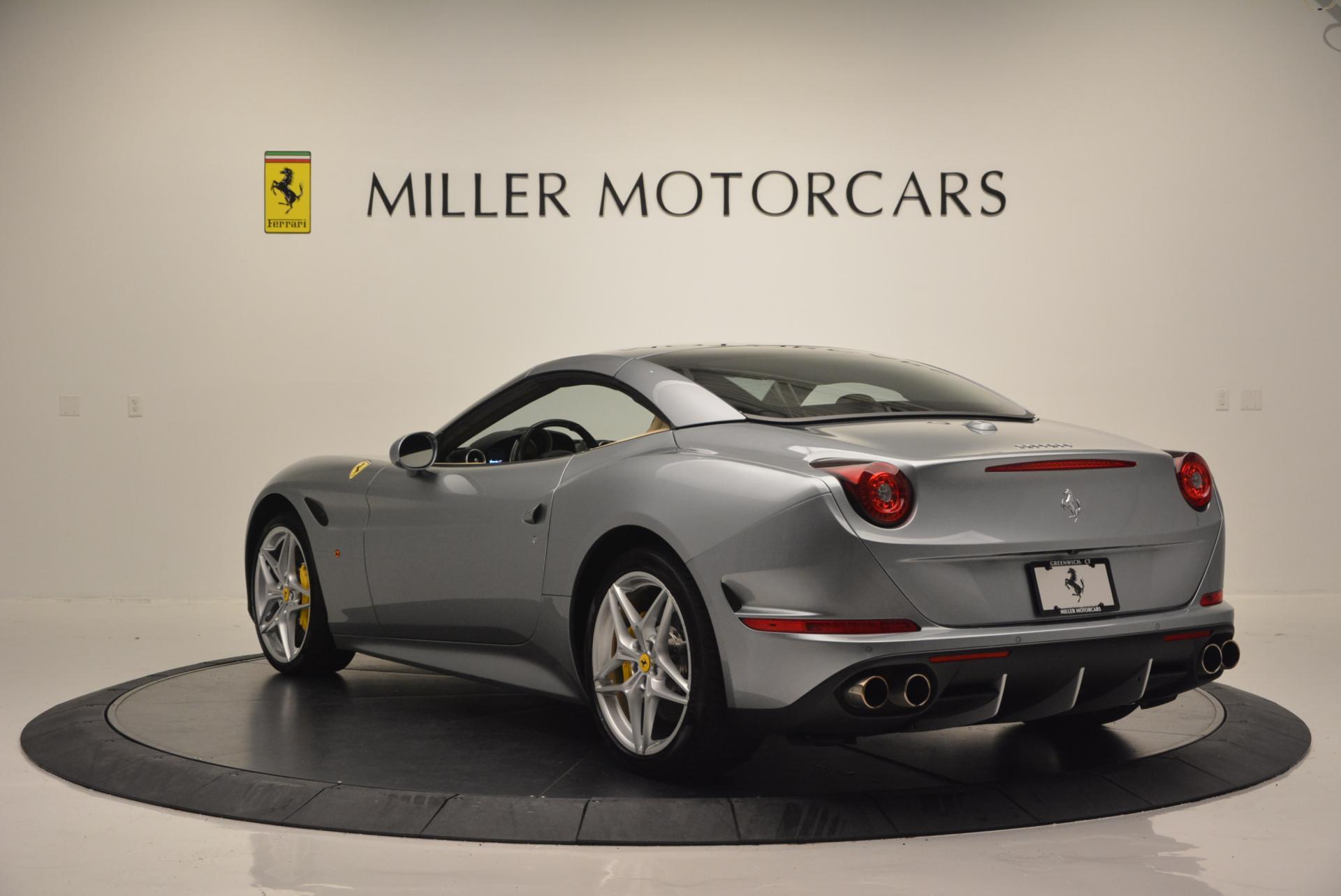 Used 2015 Ferrari California T  For Sale In Westport, CT 541_p17
