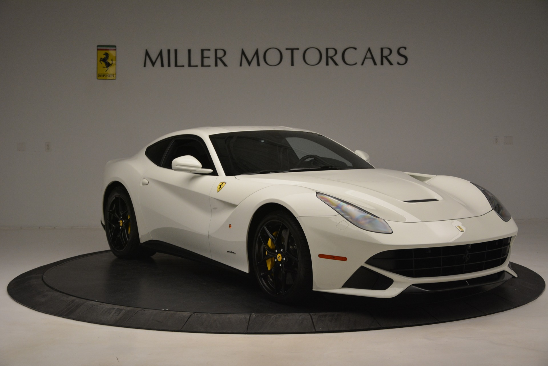 Used 2015 Ferrari F12 Berlinetta  For Sale In Westport, CT 546_p11