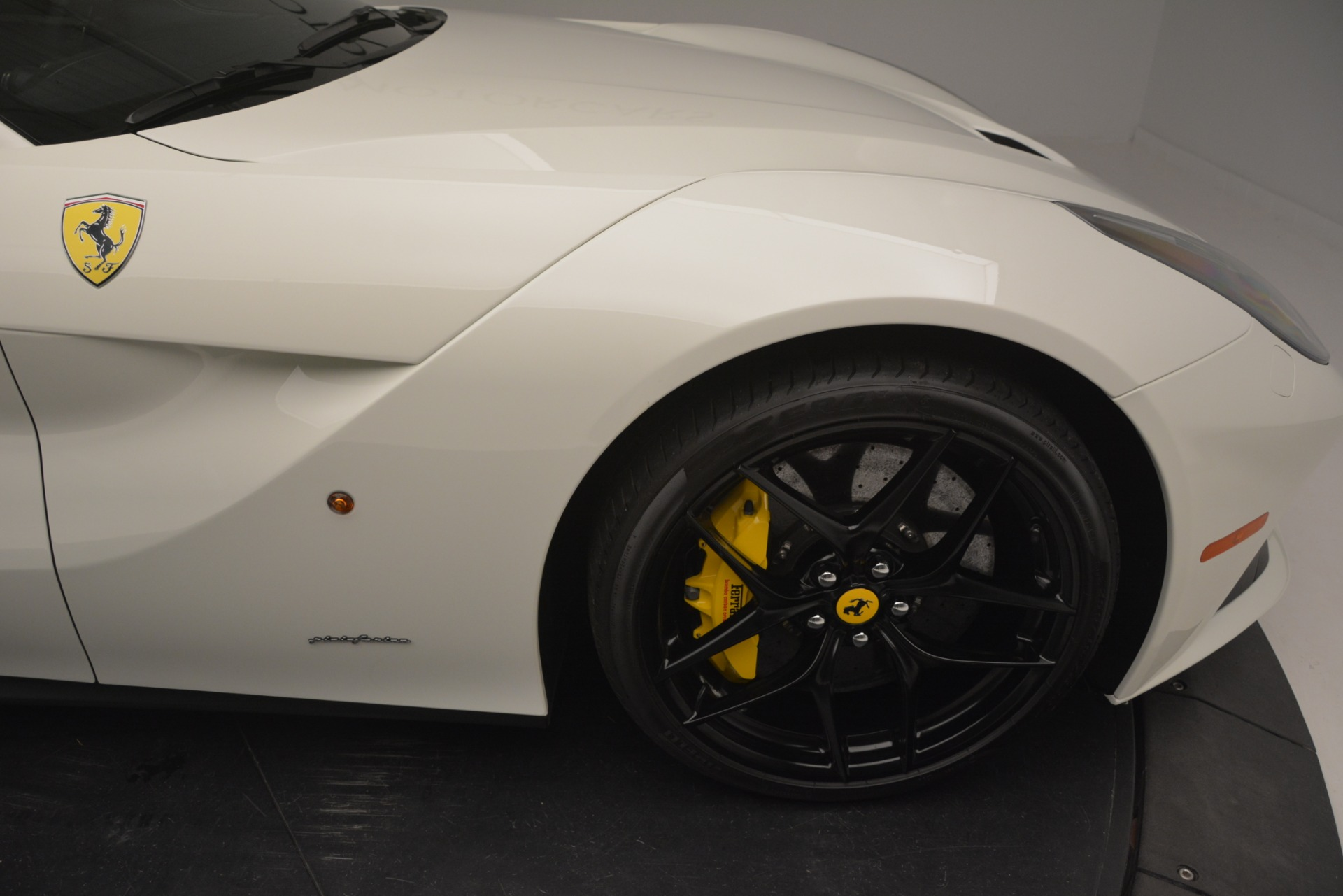 Used 2015 Ferrari F12 Berlinetta  For Sale In Westport, CT 546_p13