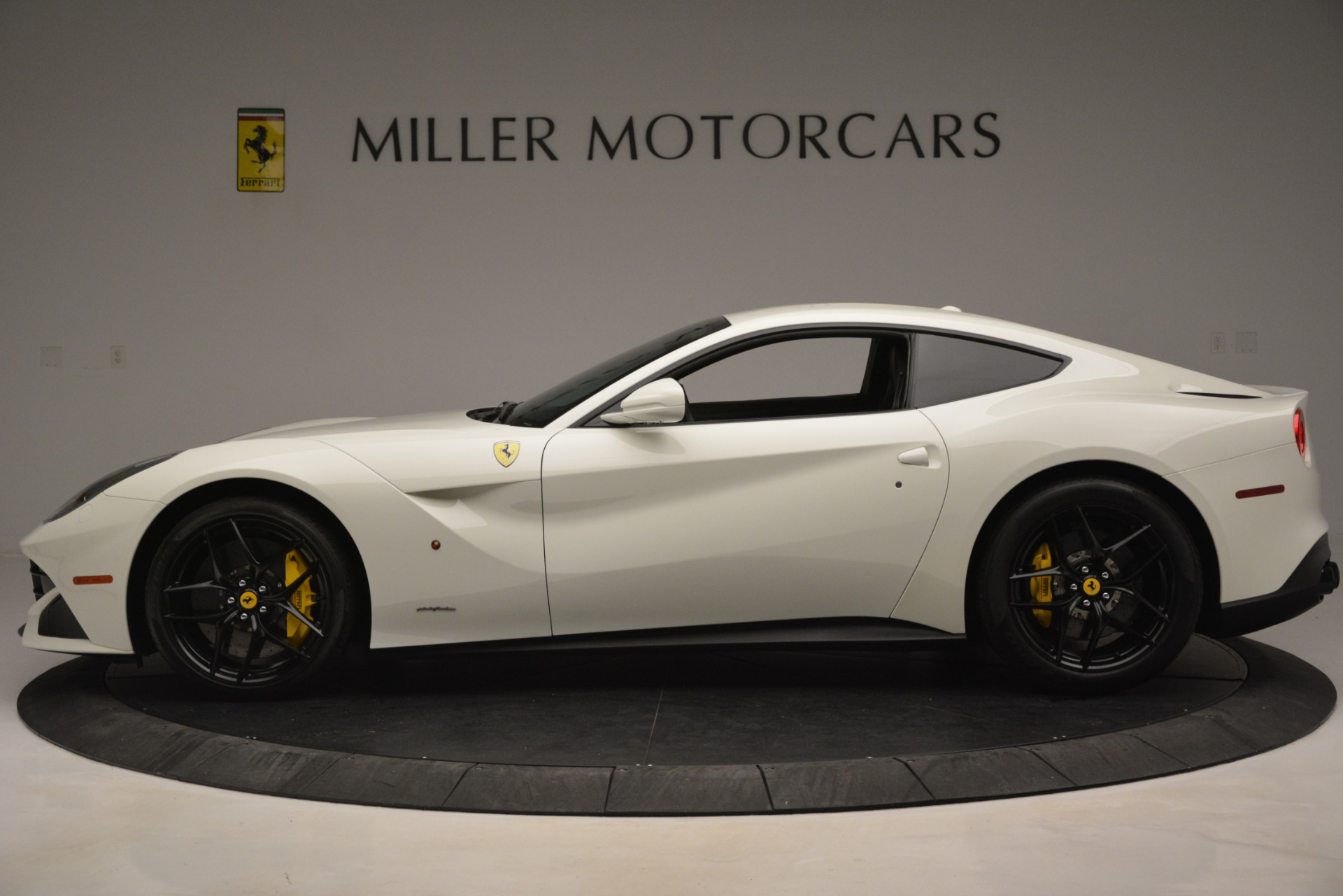 Used 2015 Ferrari F12 Berlinetta  For Sale In Westport, CT 546_p3