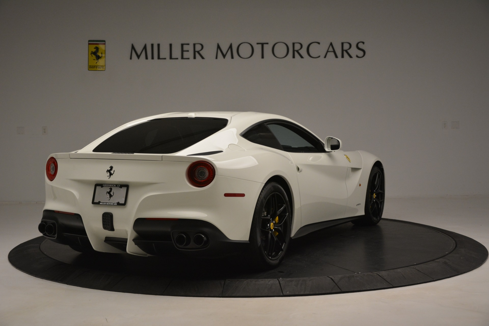 Used 2015 Ferrari F12 Berlinetta  For Sale In Westport, CT 546_p7