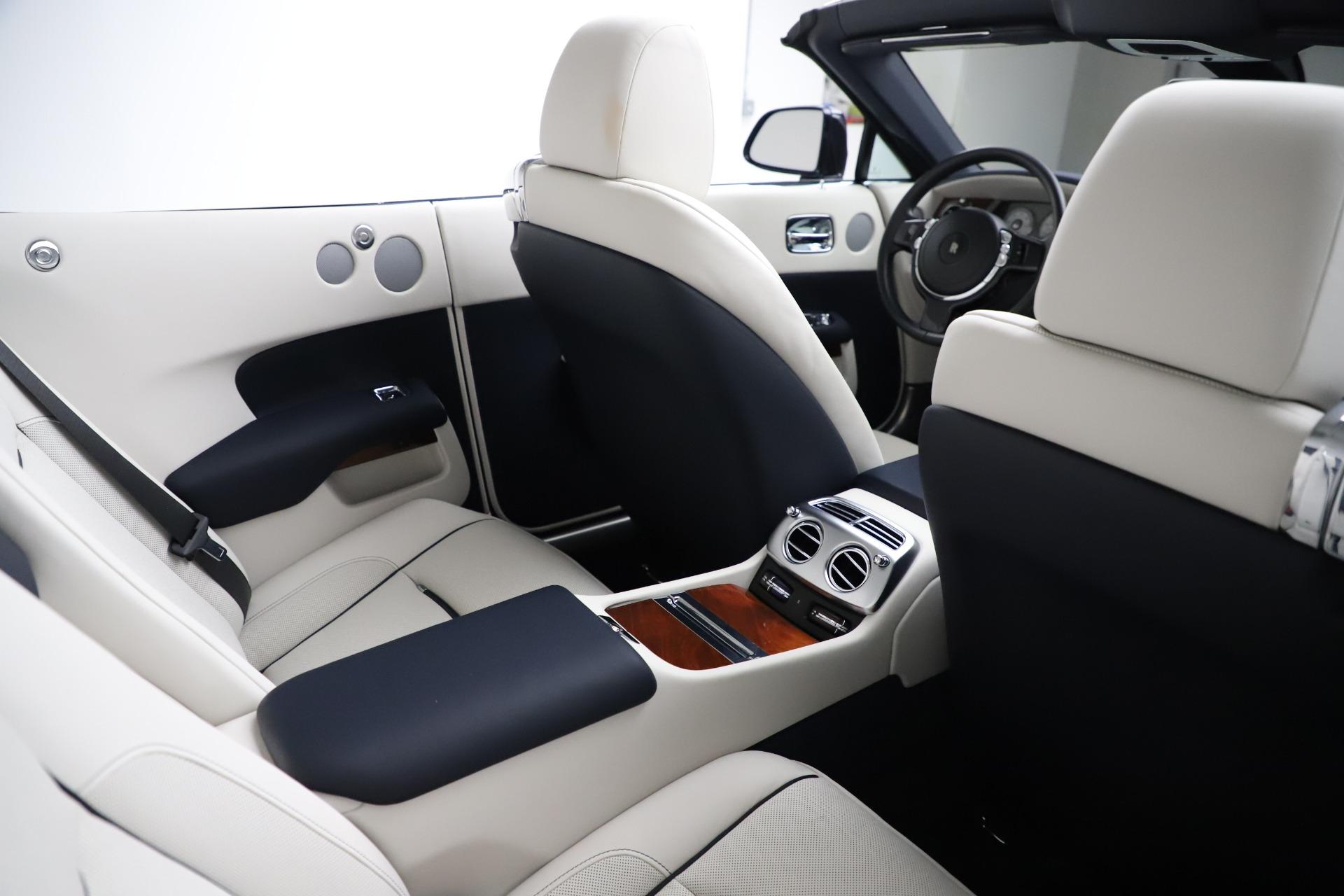 Used 2016 Rolls-Royce Dawn  For Sale In Westport, CT 553_p32