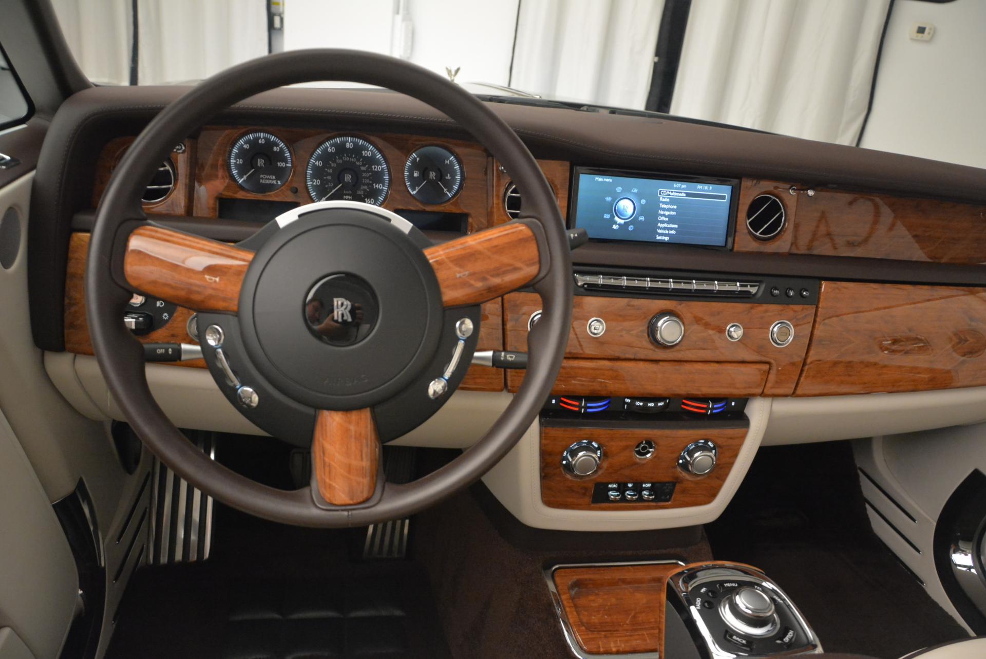 Used 2015 Rolls-Royce Phantom Drophead Coupe  For Sale In Westport, CT 554_p30