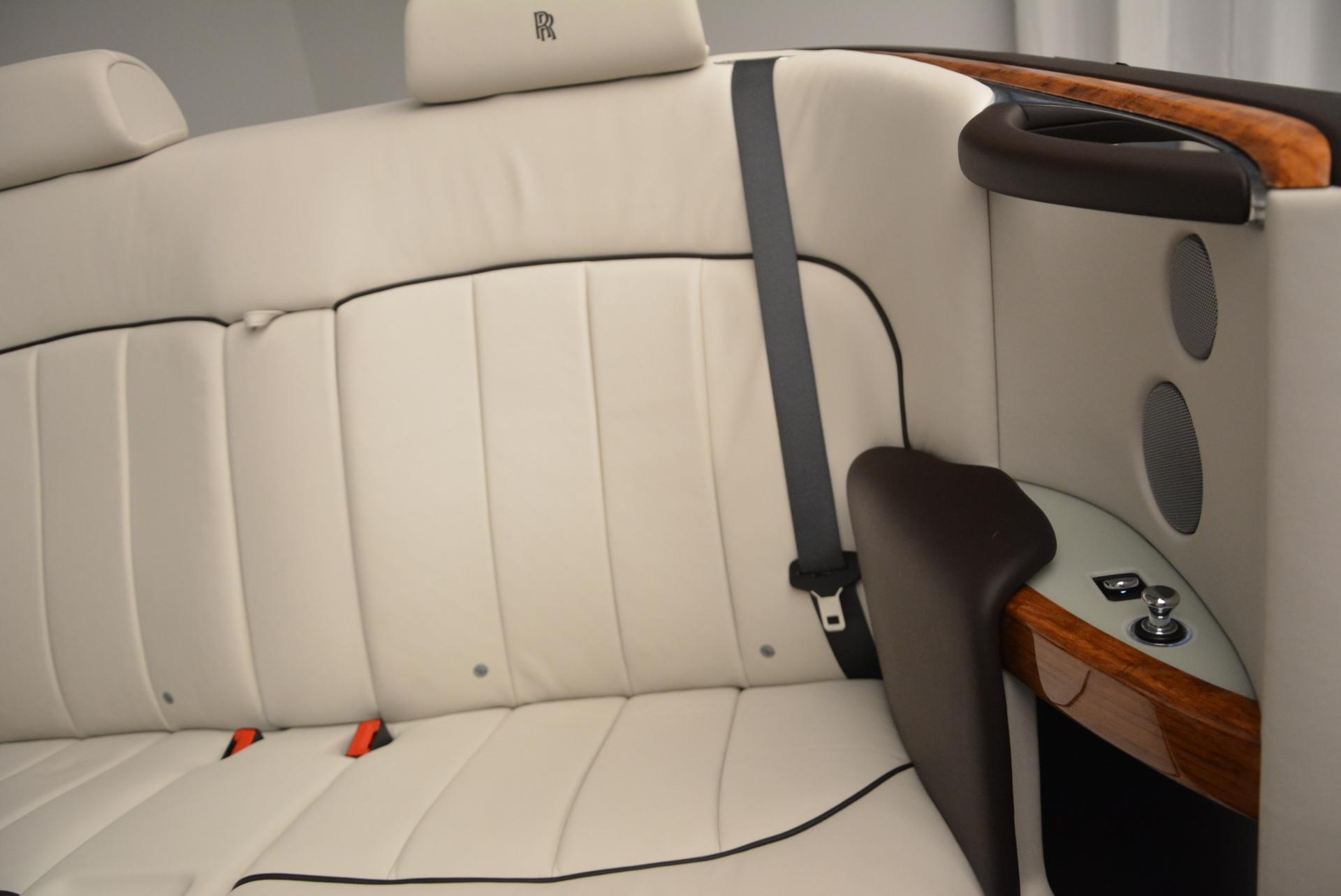Used 2015 Rolls-Royce Phantom Drophead Coupe  For Sale In Westport, CT 554_p32