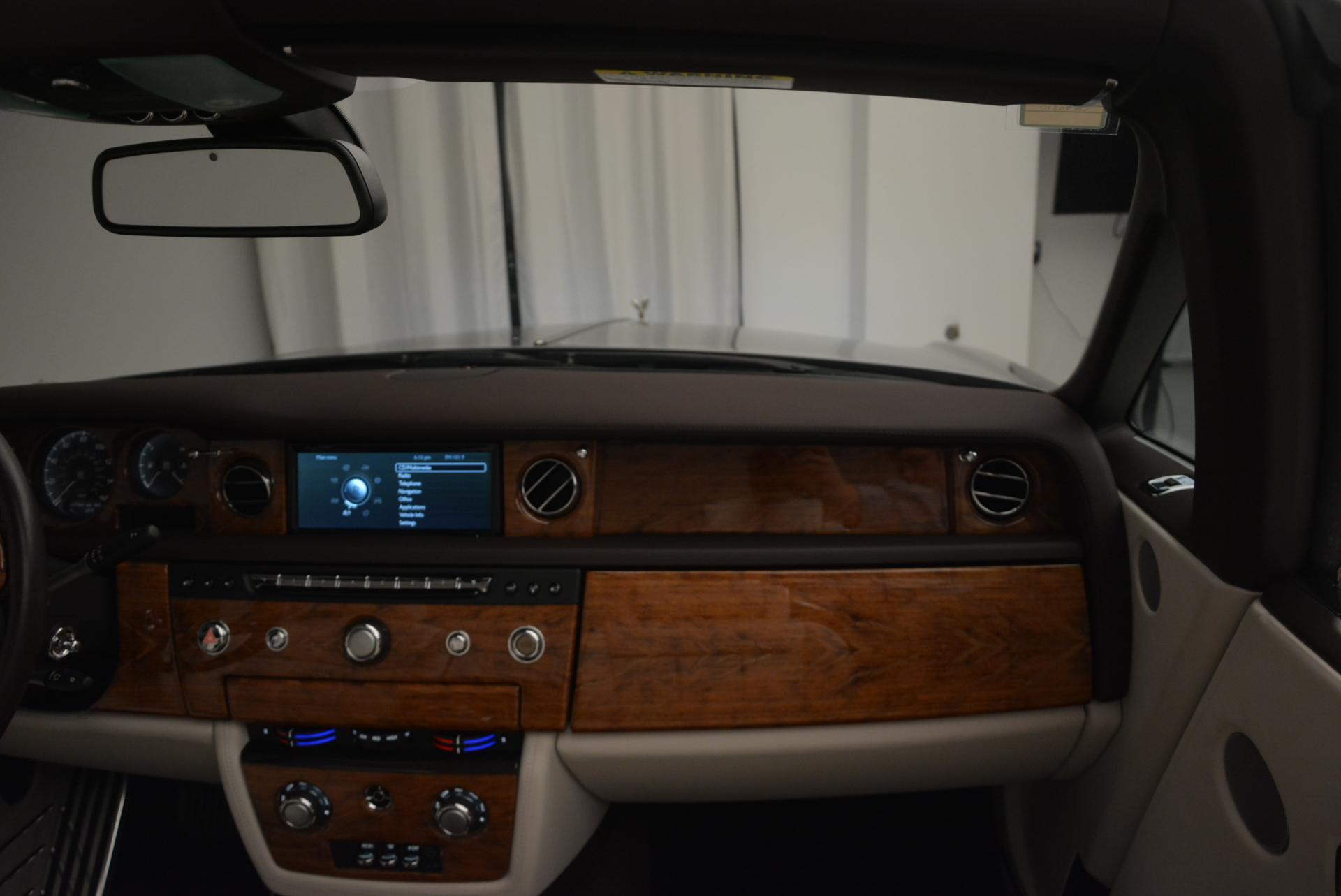 Used 2015 Rolls-Royce Phantom Drophead Coupe  For Sale In Westport, CT 554_p40