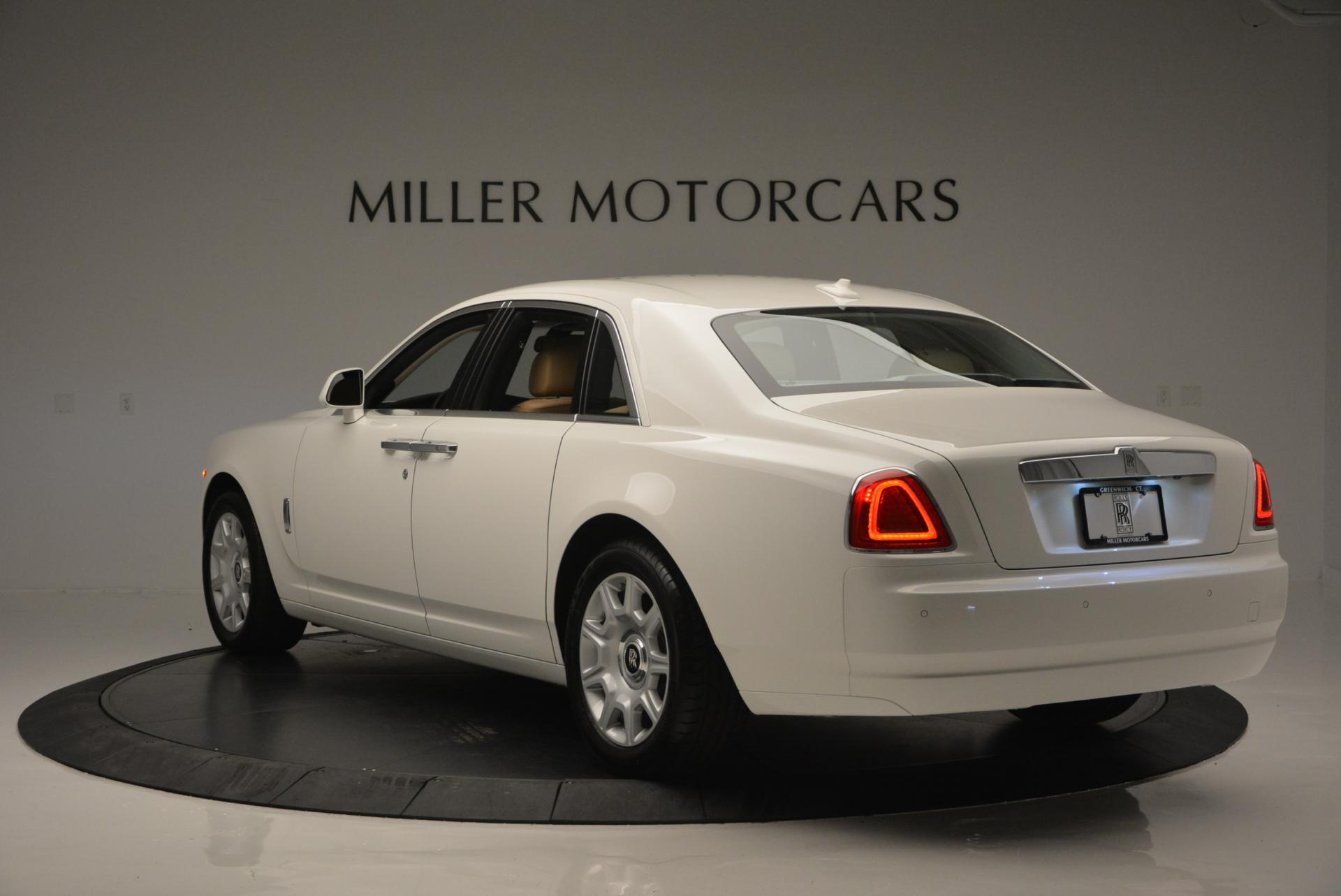 Used 2013 Rolls-Royce Ghost  For Sale In Westport, CT 558_p5
