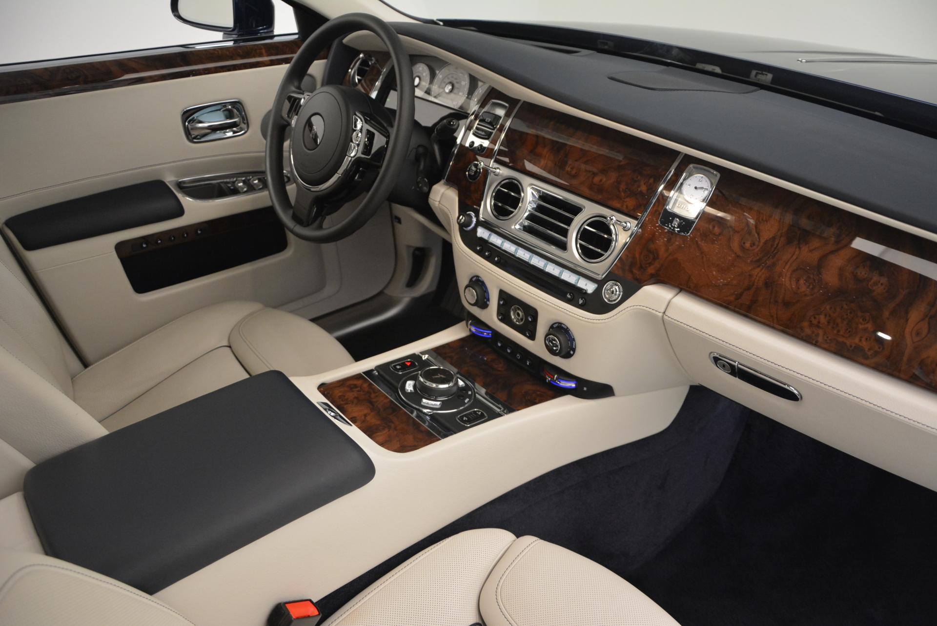 Used 2016 Rolls-Royce Ghost Series II  For Sale In Westport, CT 559_p20
