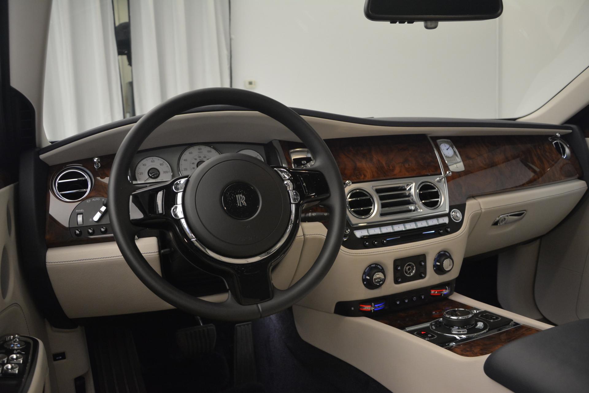 Used 2016 Rolls-Royce Ghost Series II  For Sale In Westport, CT 559_p21