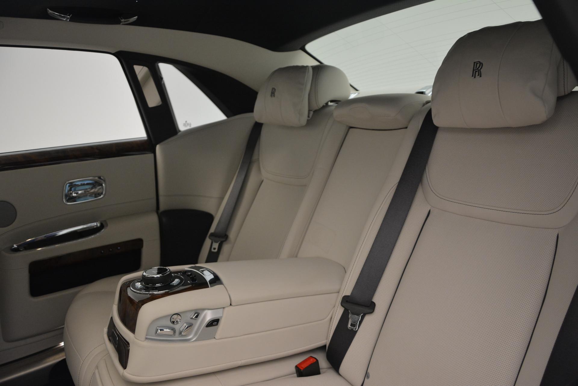Used 2016 Rolls-Royce Ghost Series II  For Sale In Westport, CT 559_p33