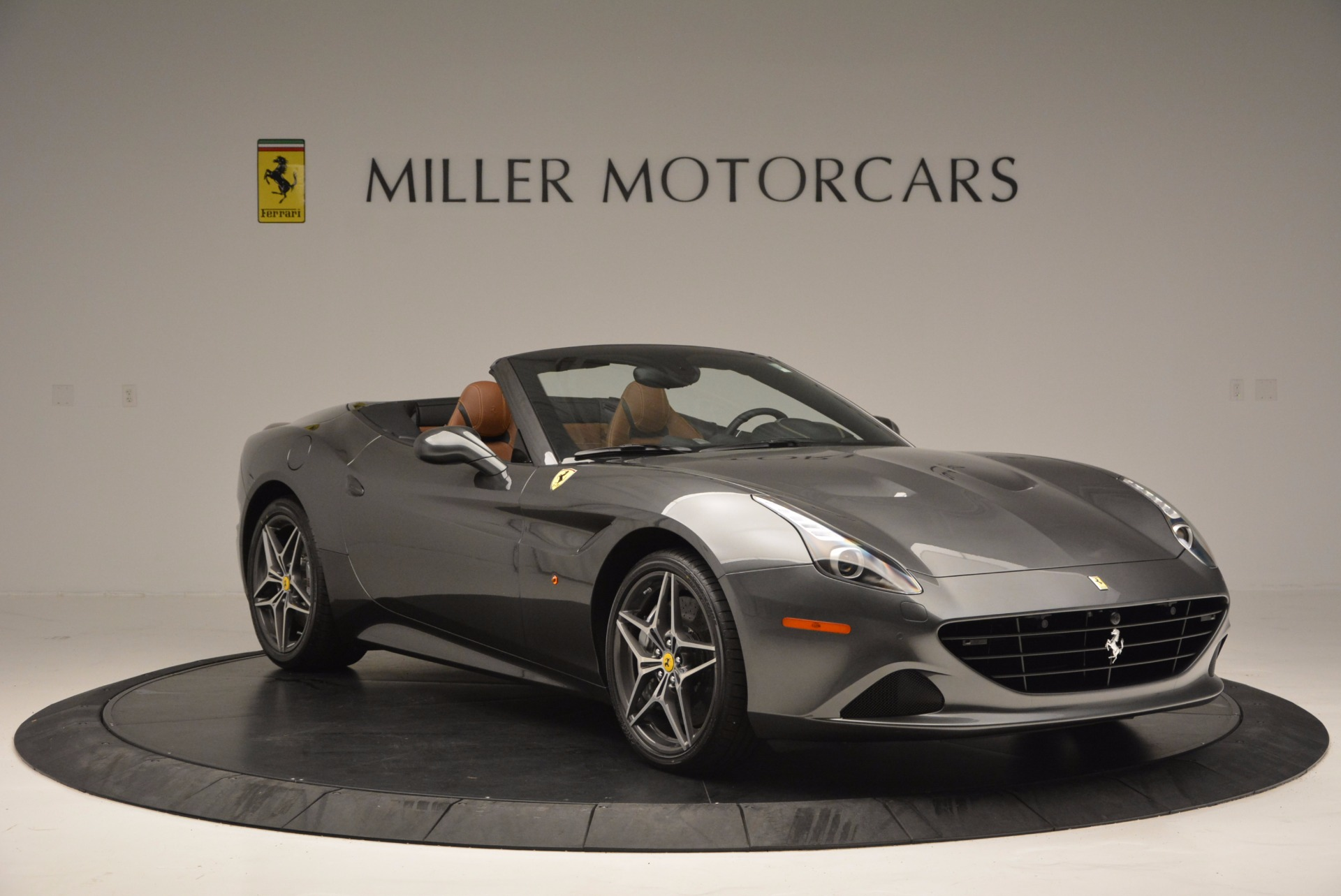 Used 2015 Ferrari California T  For Sale In Westport, CT 561_p11