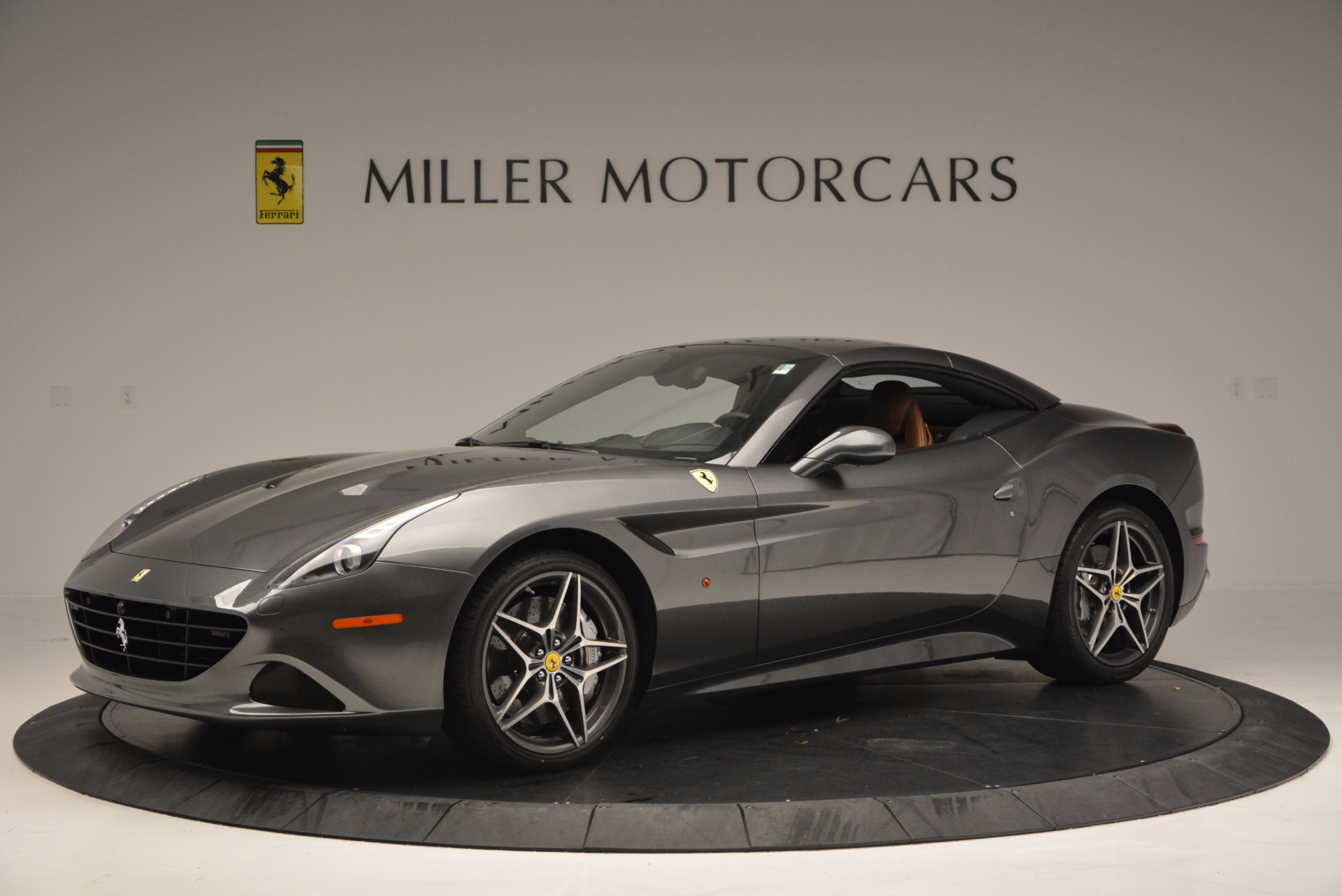 Used 2015 Ferrari California T  For Sale In Westport, CT 561_p14