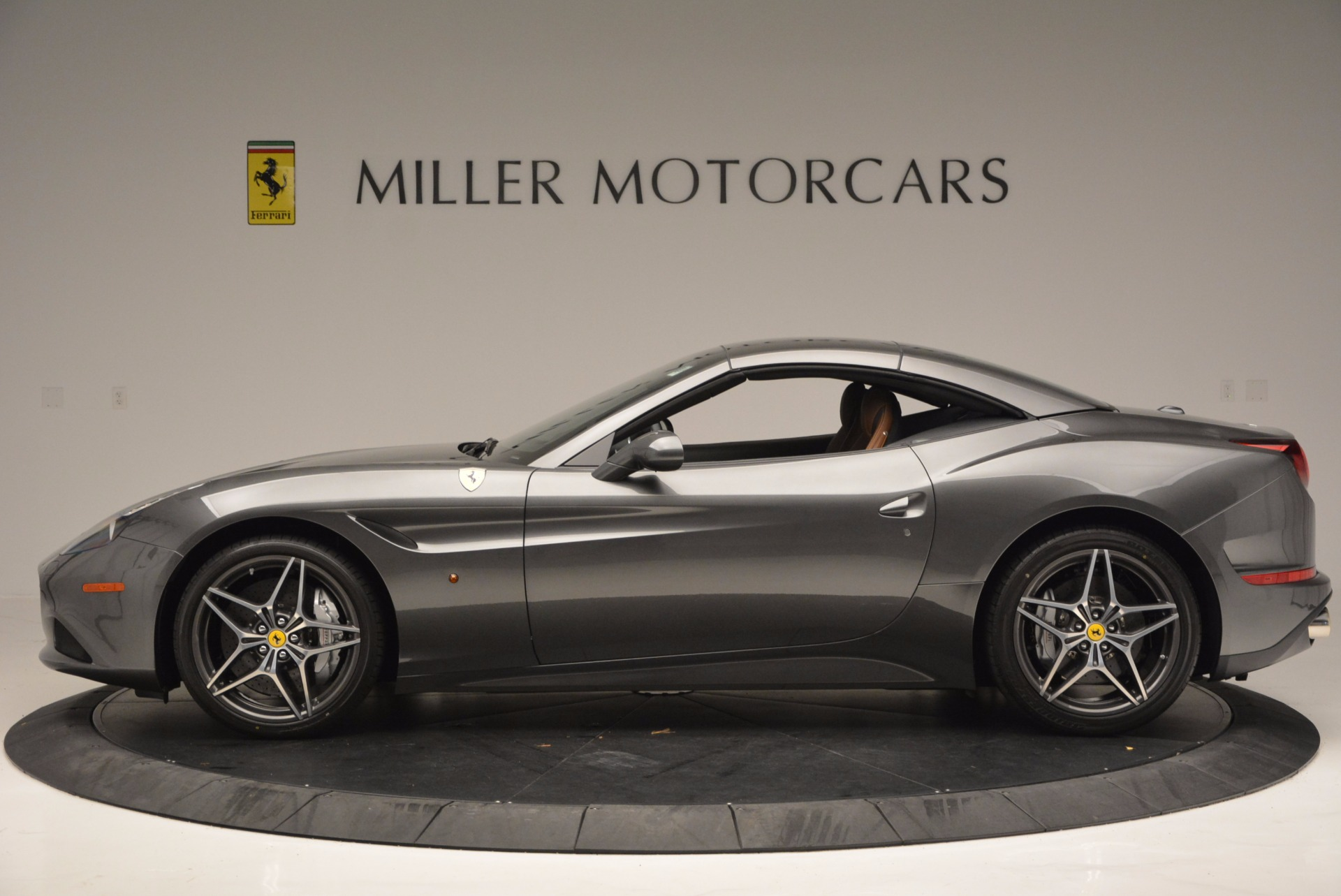 Used 2015 Ferrari California T  For Sale In Westport, CT 561_p15