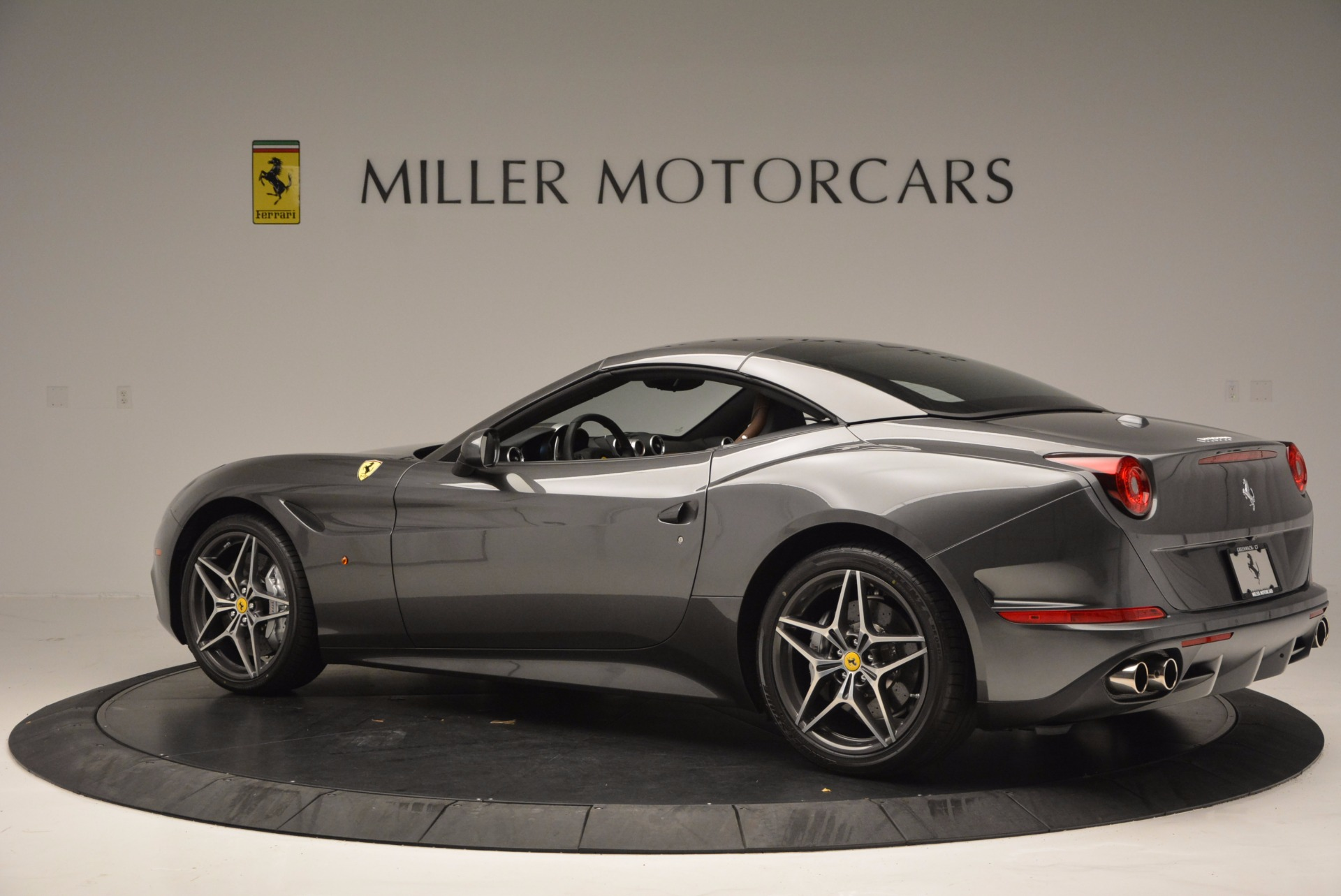Used 2015 Ferrari California T  For Sale In Westport, CT 561_p16