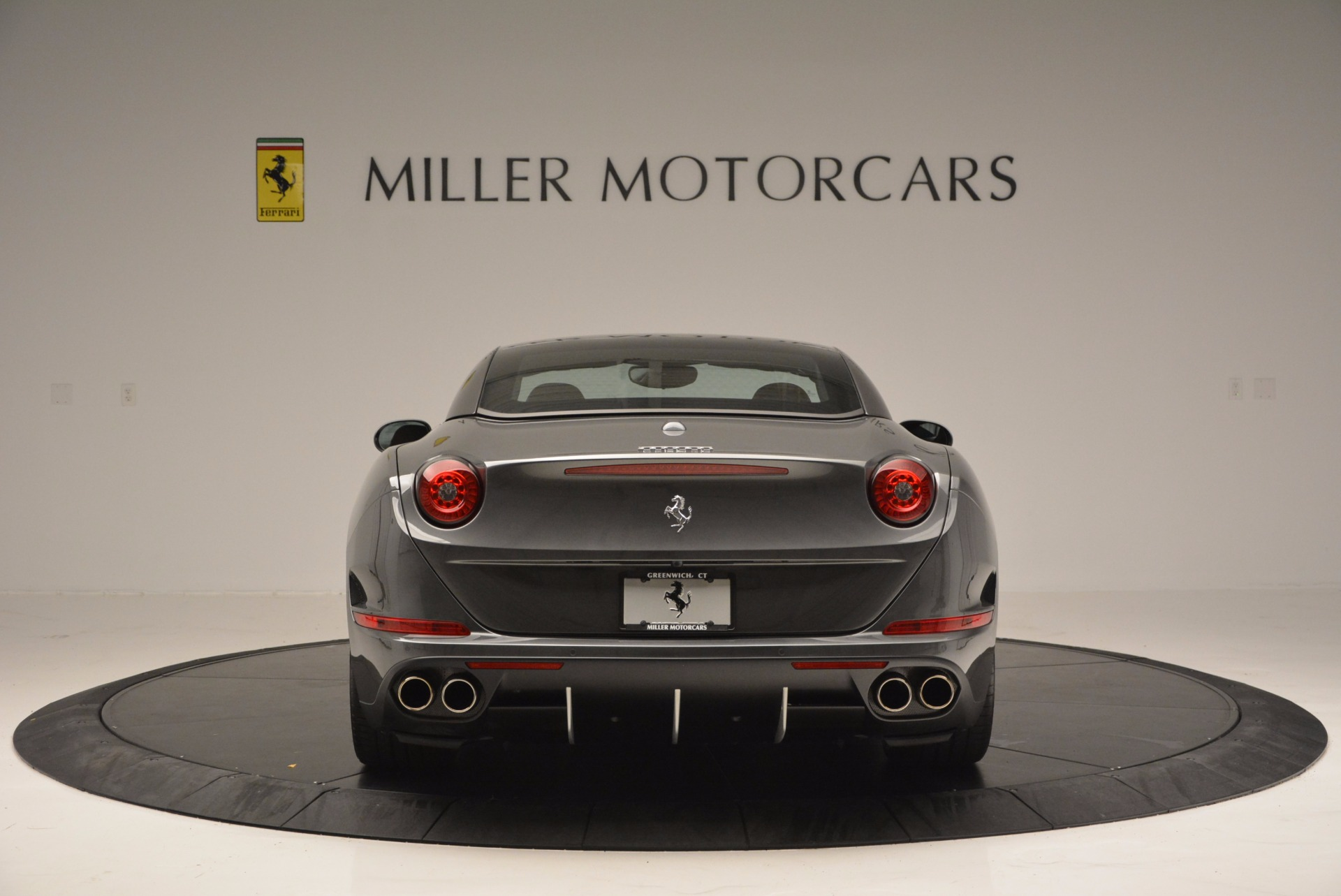 Used 2015 Ferrari California T  For Sale In Westport, CT 561_p18