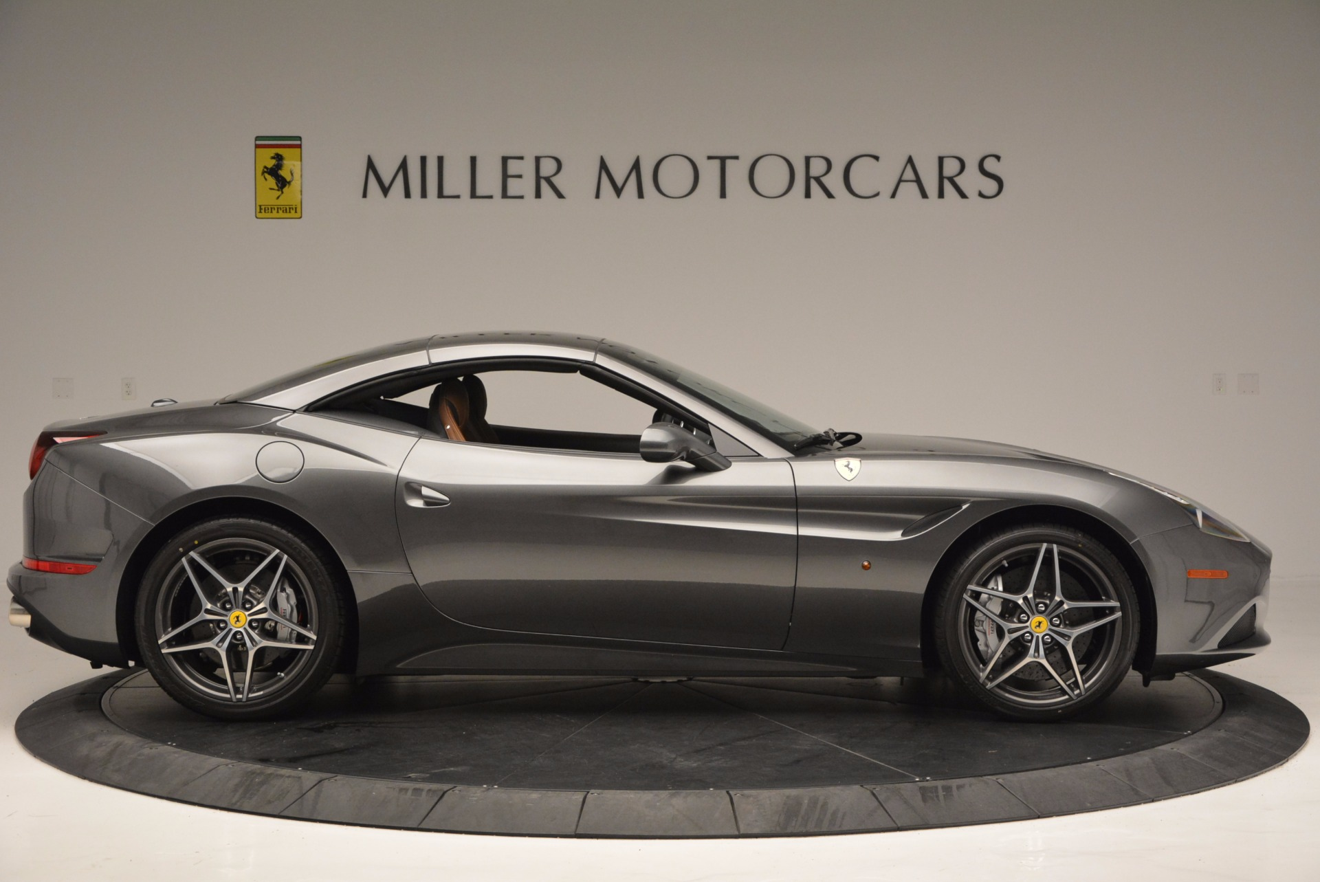 Used 2015 Ferrari California T  For Sale In Westport, CT 561_p21