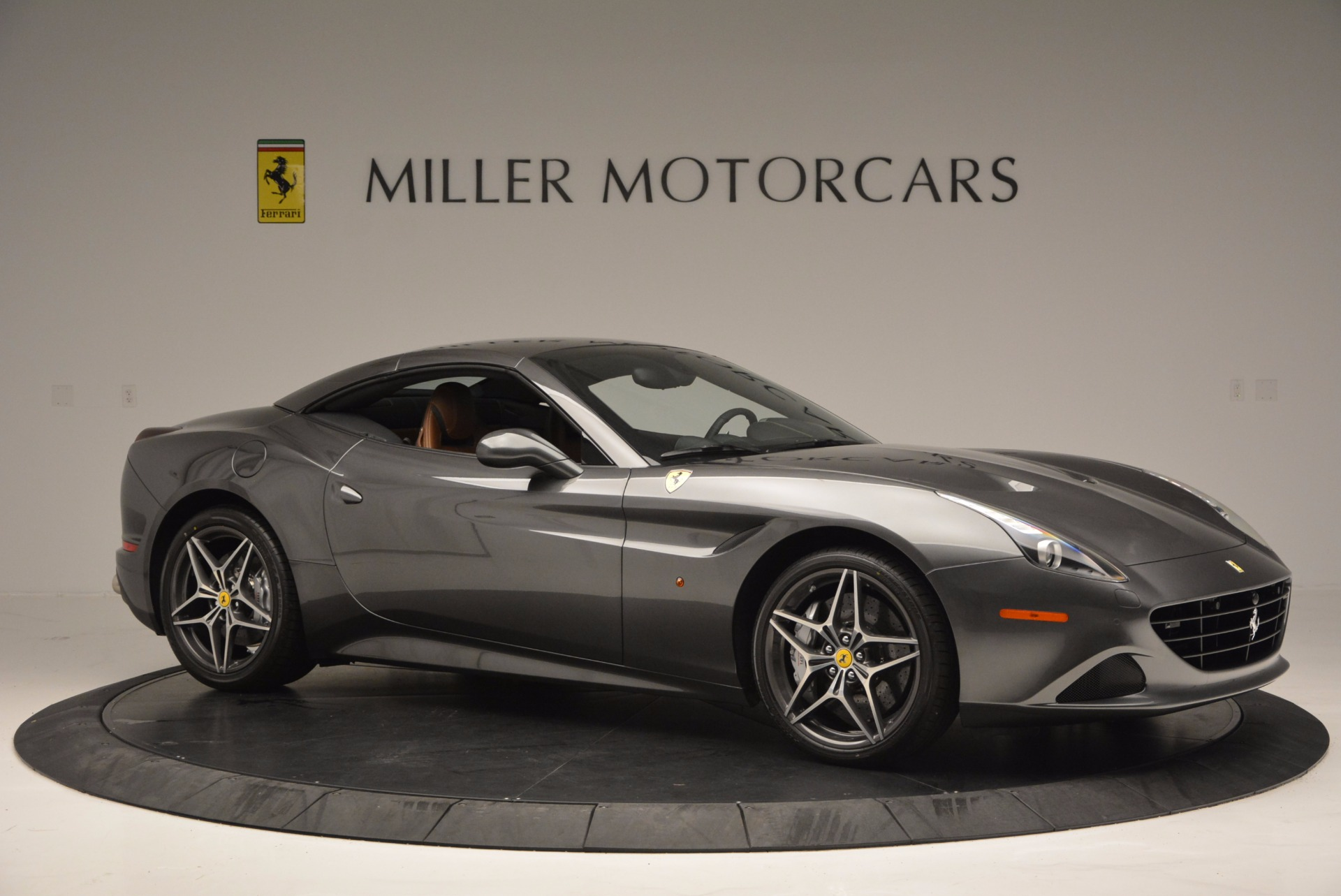 Used 2015 Ferrari California T  For Sale In Westport, CT 561_p22