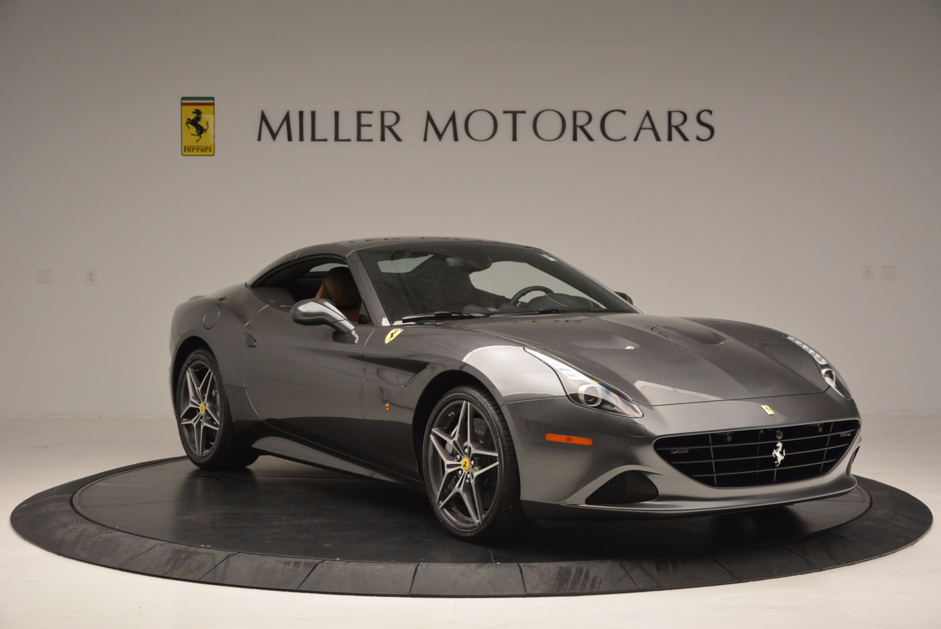 Used 2015 Ferrari California T  For Sale In Westport, CT 561_p23