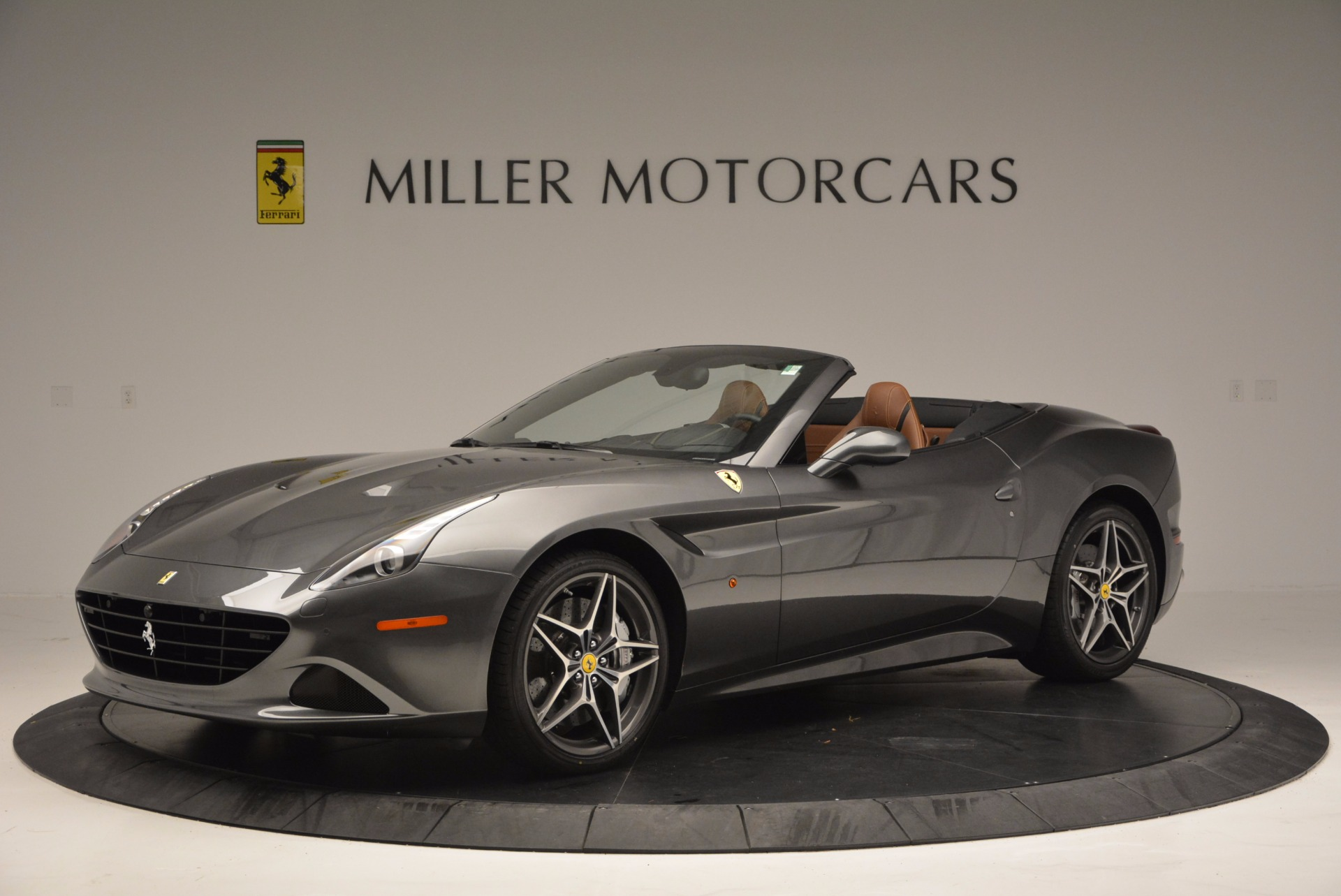 Used 2015 Ferrari California T  For Sale In Westport, CT 561_p2
