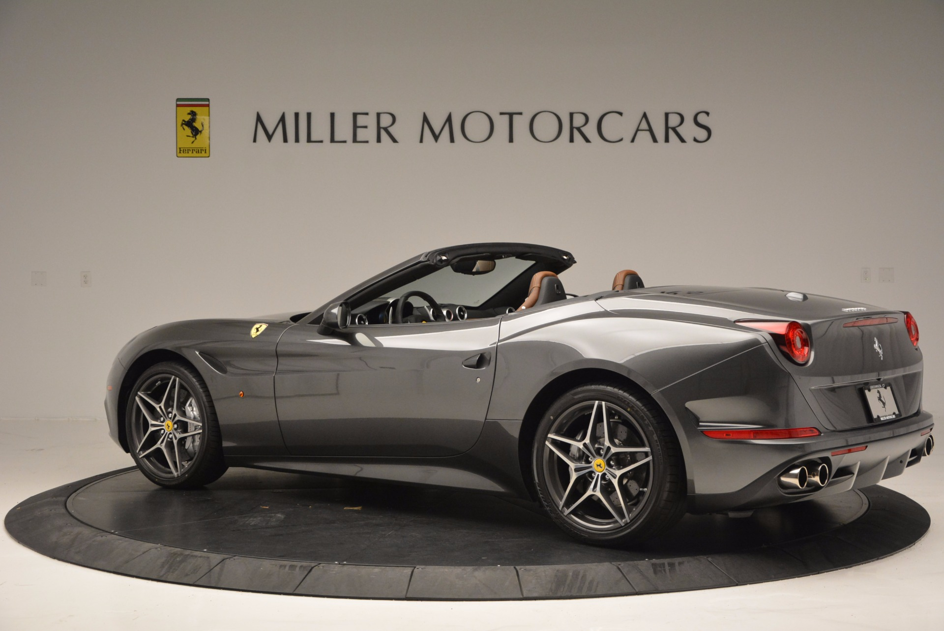 Used 2015 Ferrari California T  For Sale In Westport, CT 561_p4
